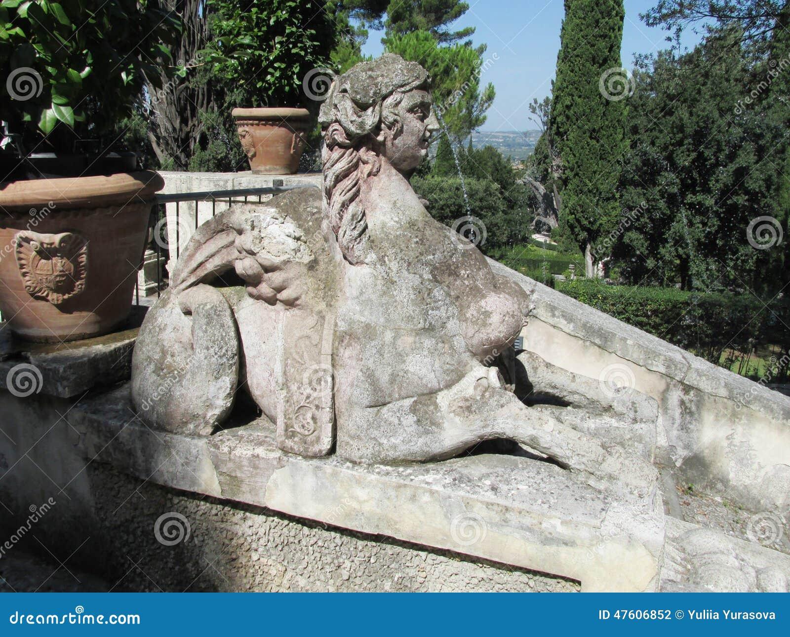 Παλαιά βίλα αγαλμάτων d Este