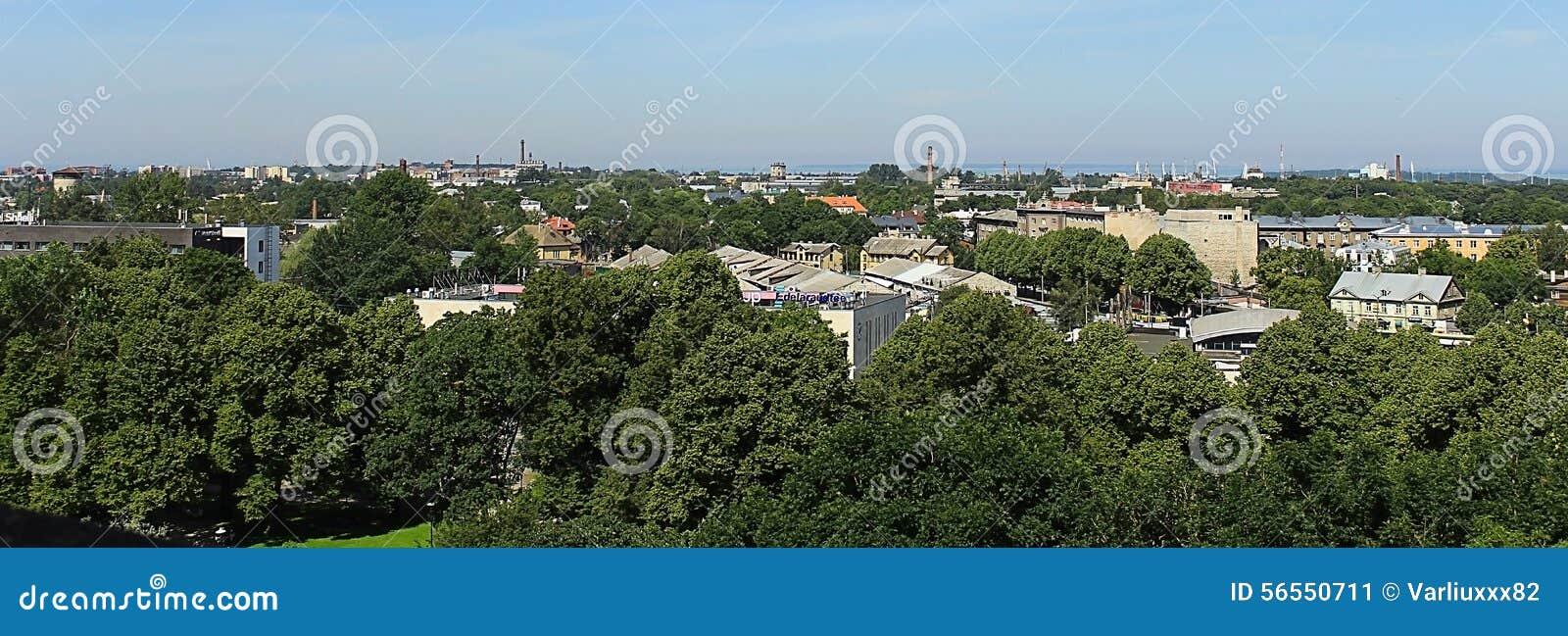 Download παλαιά πόλη του Ταλίν στοκ εικόνα. εικόνα από πέτρα, υψηλός - 56550711