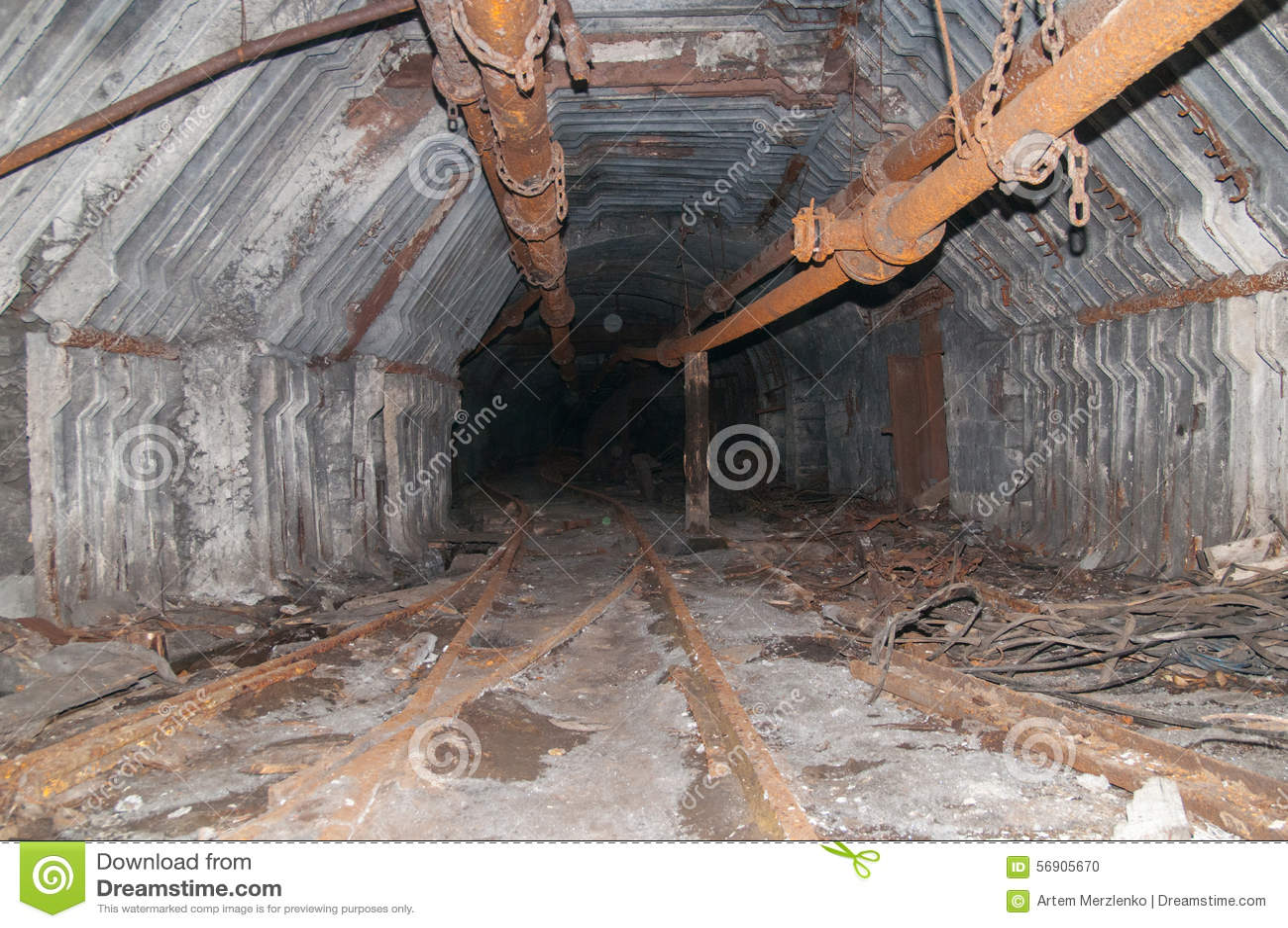 παλαιά σήραγγα ορυχείων