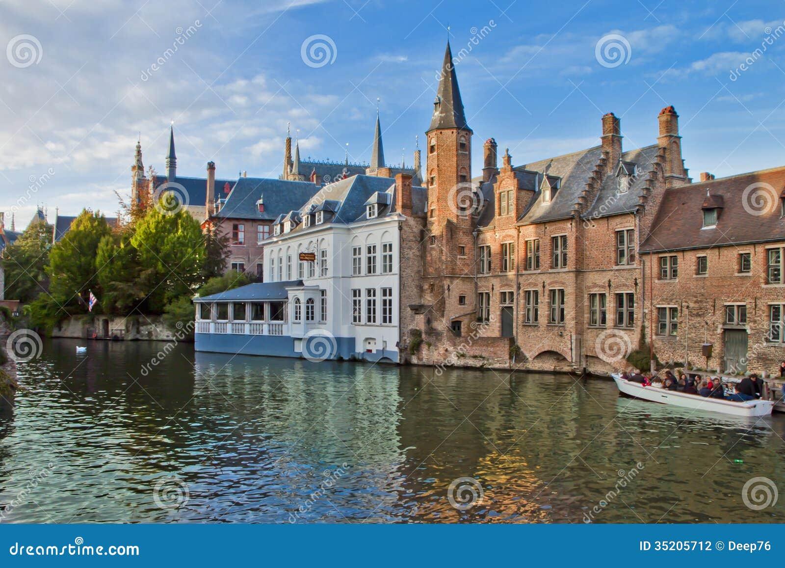 Παλαιά σκηνή πόλεων στη Μπρυζ, Βέλγιο