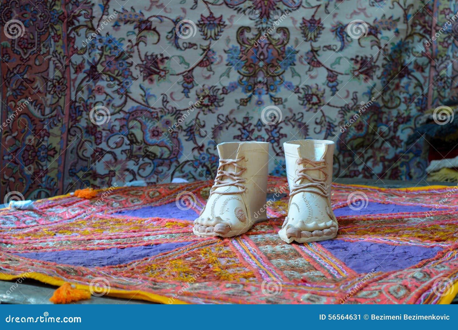 Download παλαιό παπούτσι στοκ εικόνα. εικόνα από σχέδιο, τέχνη - 56564631