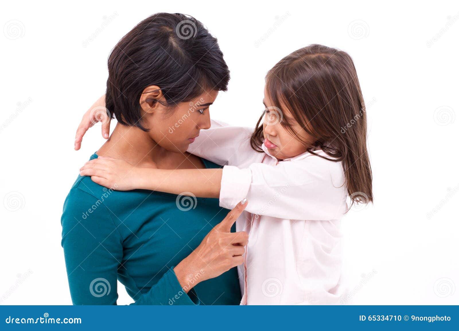 Πειθαρχία διδασκαλίας μητέρων στην κόρη της