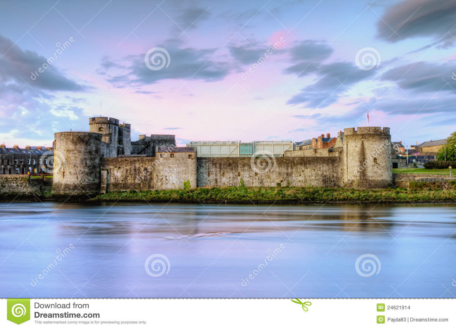 πεντάστιχο s βασιλιάδων της Ιρλανδίας John κάστρων