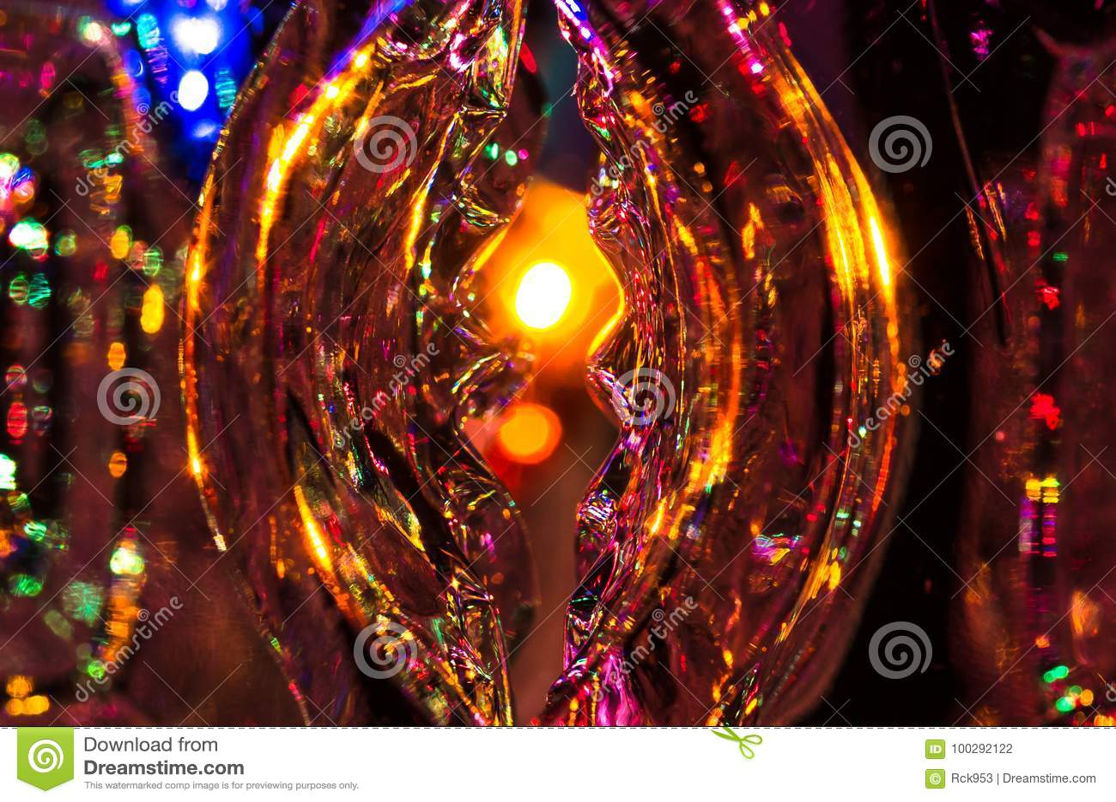 Περίληψη: Η φαντασία και Enchantment αναμένουν πέρα