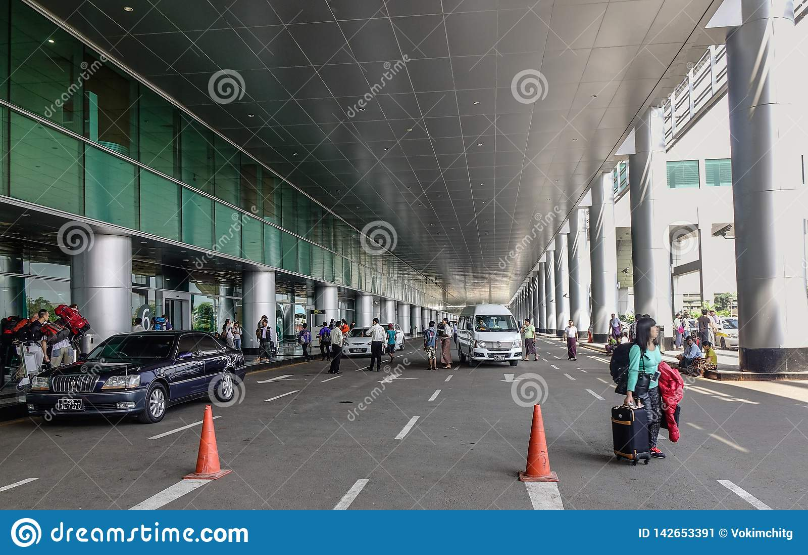 Περιοχή επαναλείψεων επιβατών του αερολιμένα