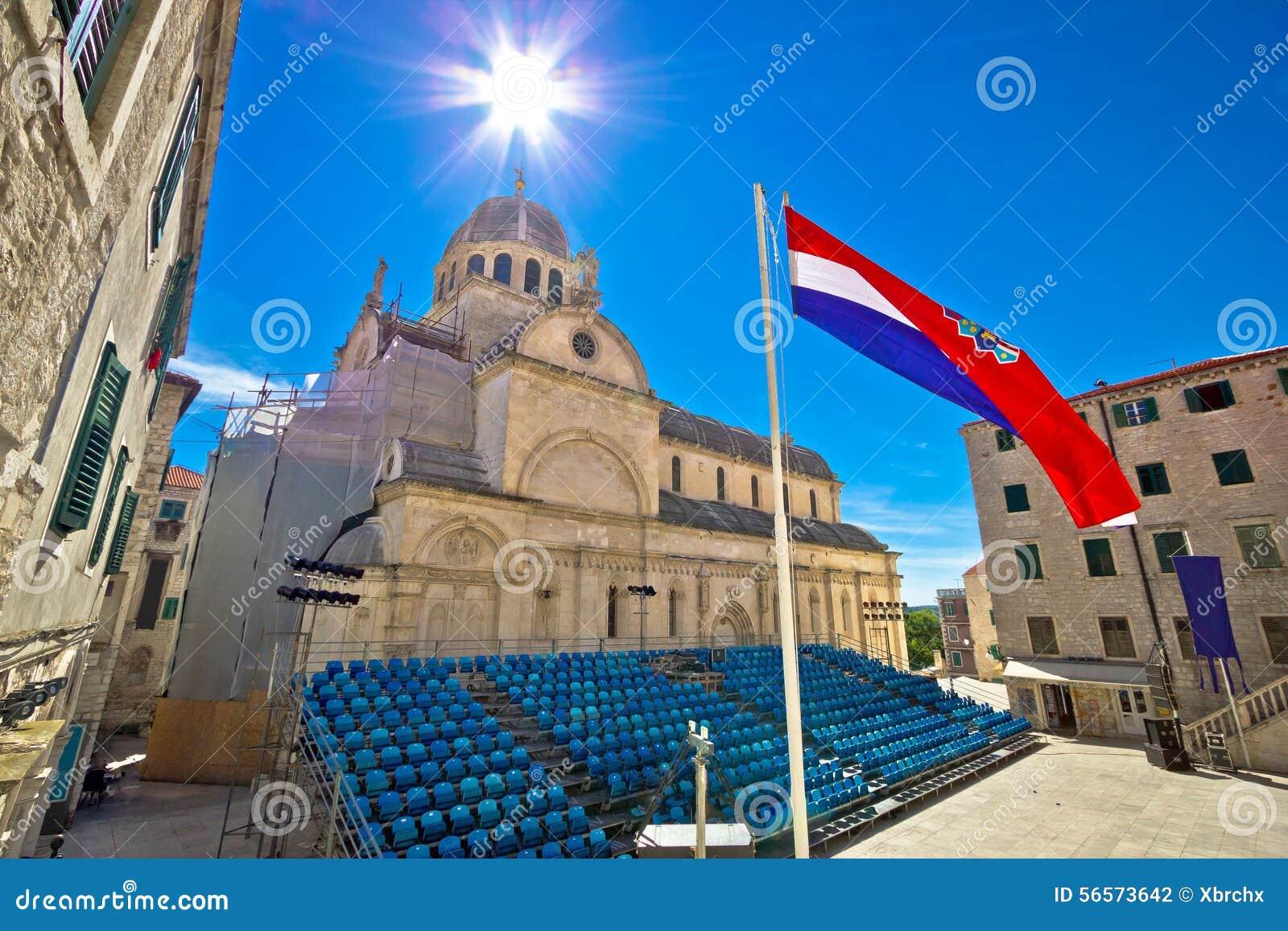 Download Περιοχή παγκόσμιων κληρονομιών της ΟΥΝΕΣΚΟ καθεδρικών ναών Sibenik Στοκ Εικόνες - εικόνα από μεσογειακός, χριστιανός: 56573642