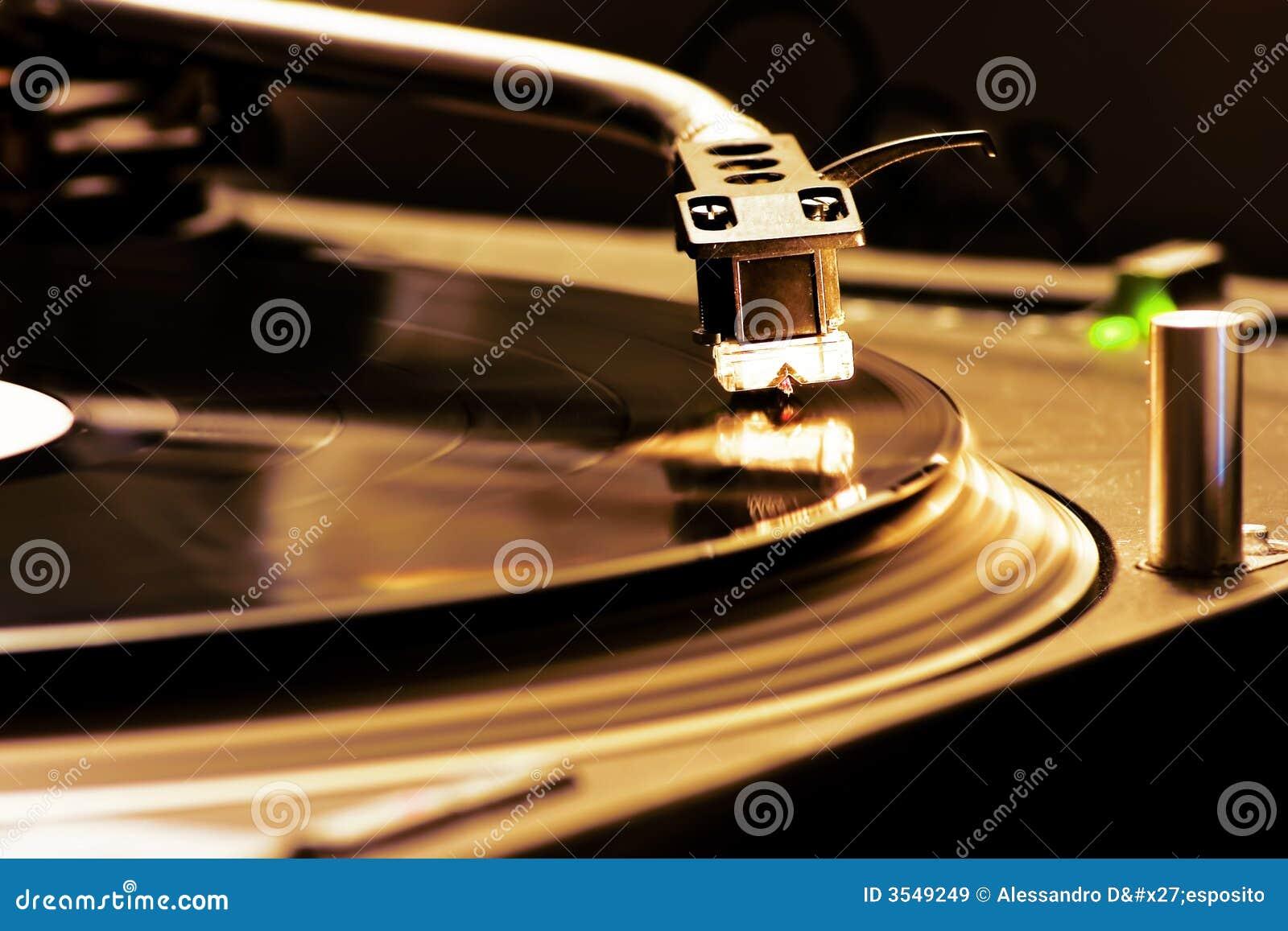 περιστροφική πλάκα του DJ