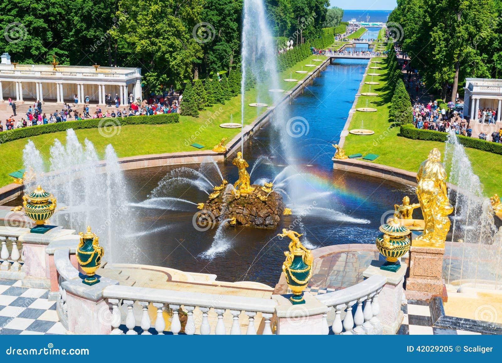 Πηγές σε Petrodvorets σε Peterhof, Άγιος Πετρούπολη