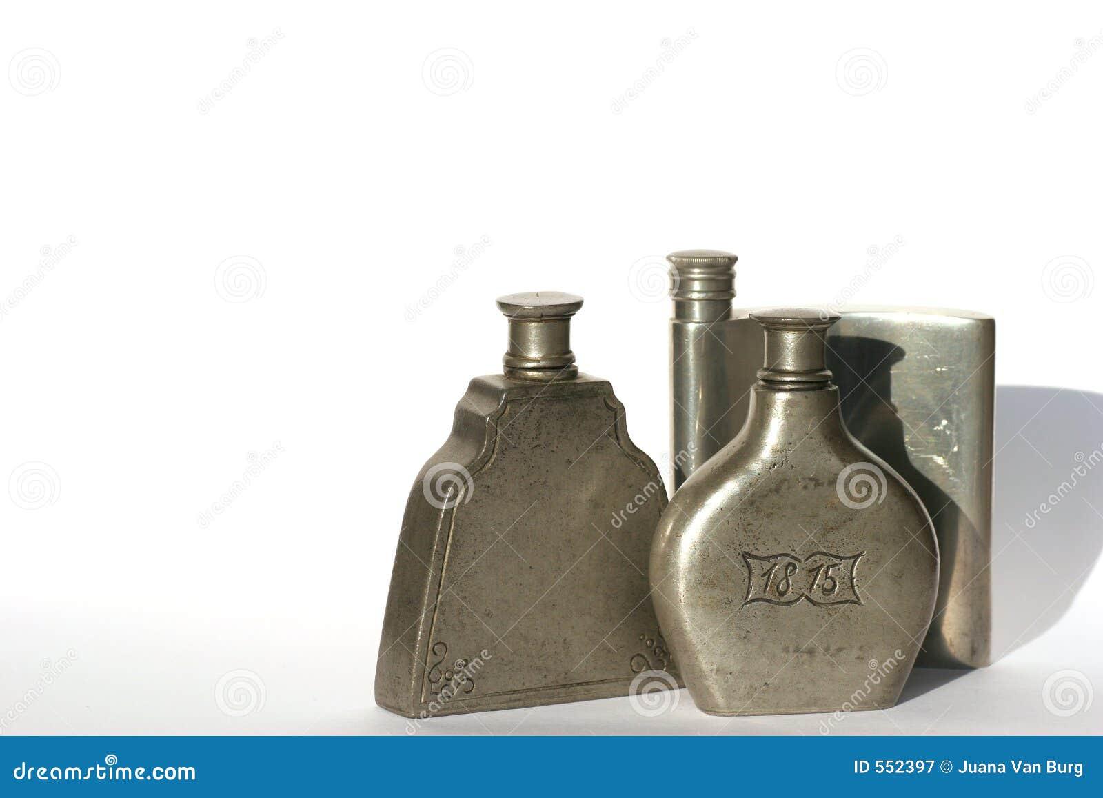 πηούτερ τρία μπουκαλιών