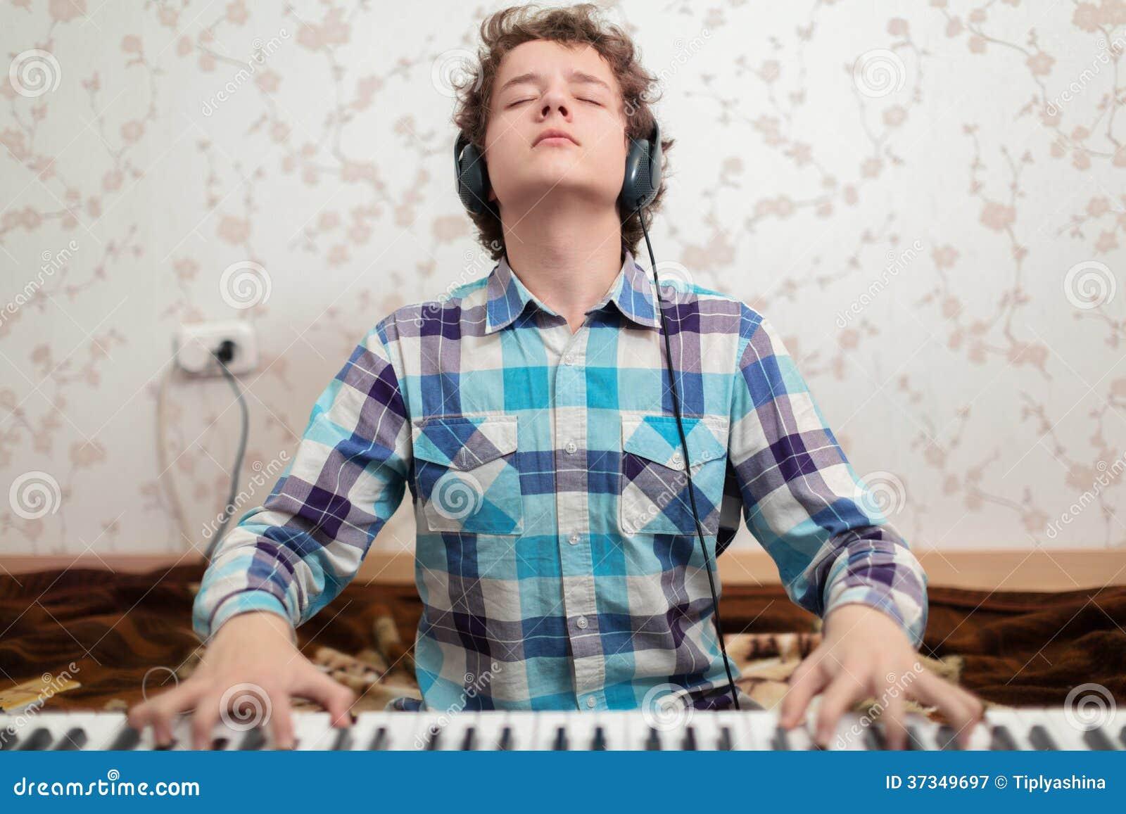 Πιάνο παιχνιδιών αγοριών