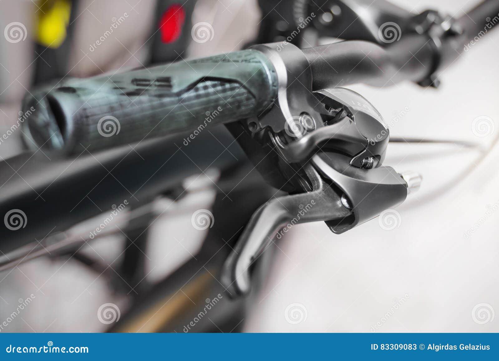 Πιάσιμο του φραγμού λαβών ποδηλάτων