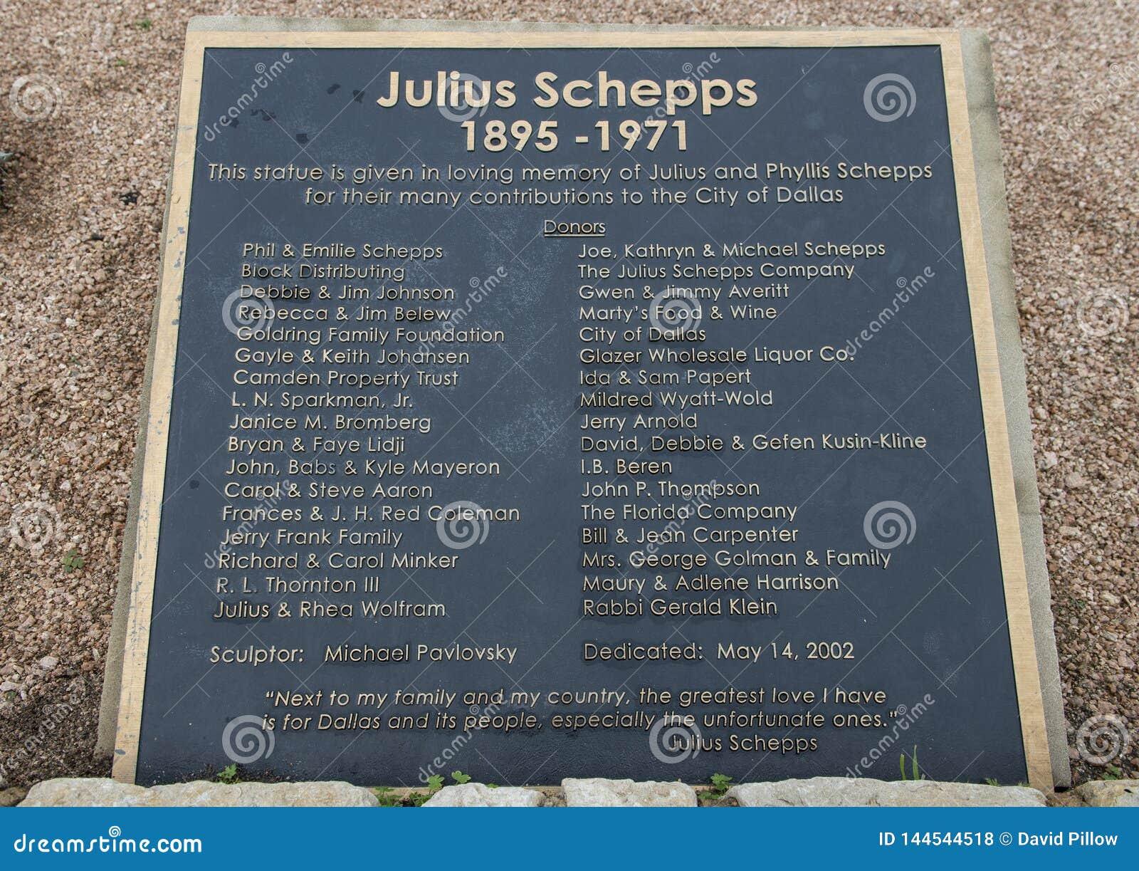 Πινακίδα πληροφοριών για το γλυπτό χαλκού του Julius Schepps από Machael Pavolvsky στο πάρκο του Julius Schepps στο Ντάλλας, Τέξα