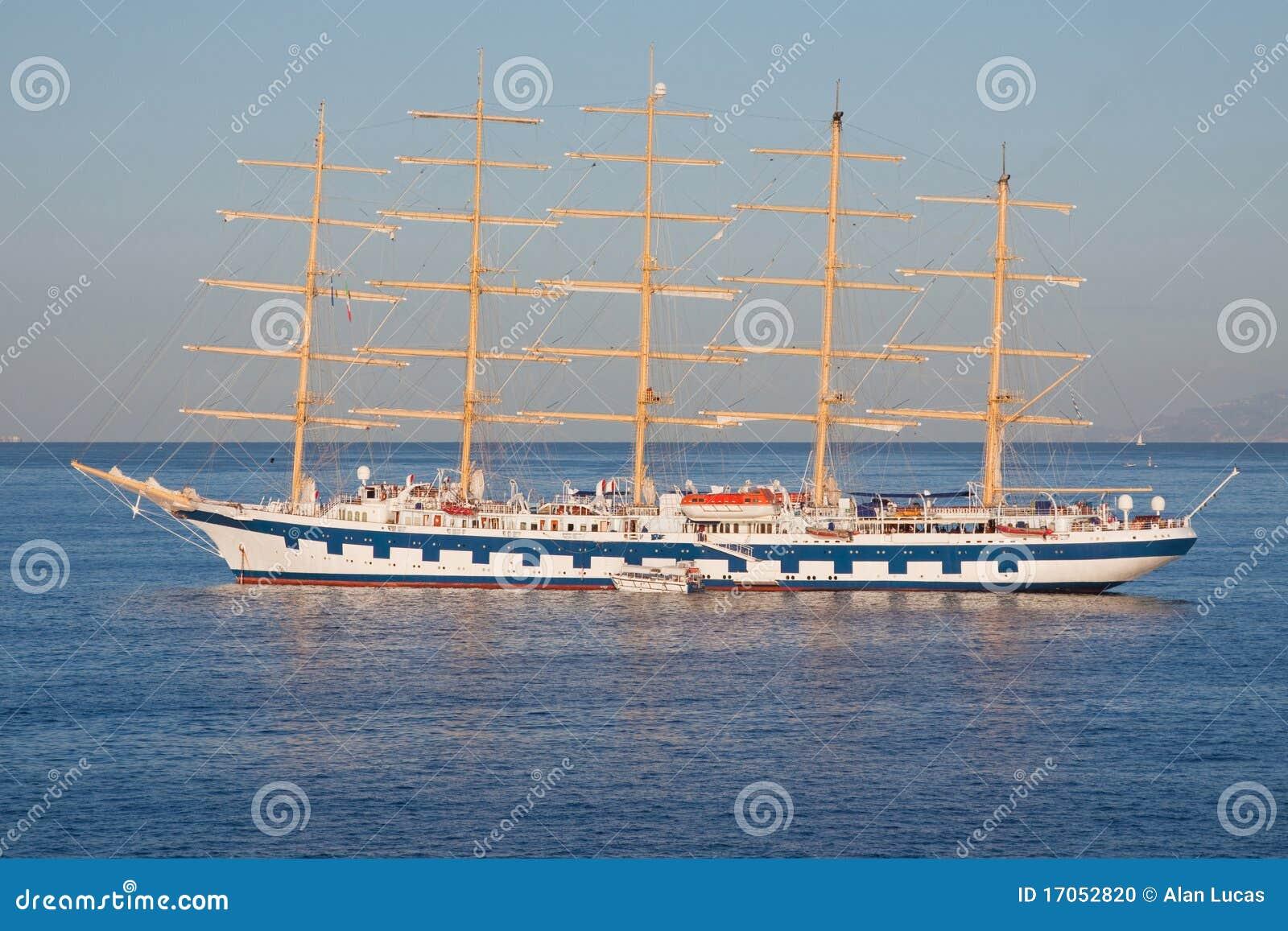 πλέοντας σκάφος αγκυλών