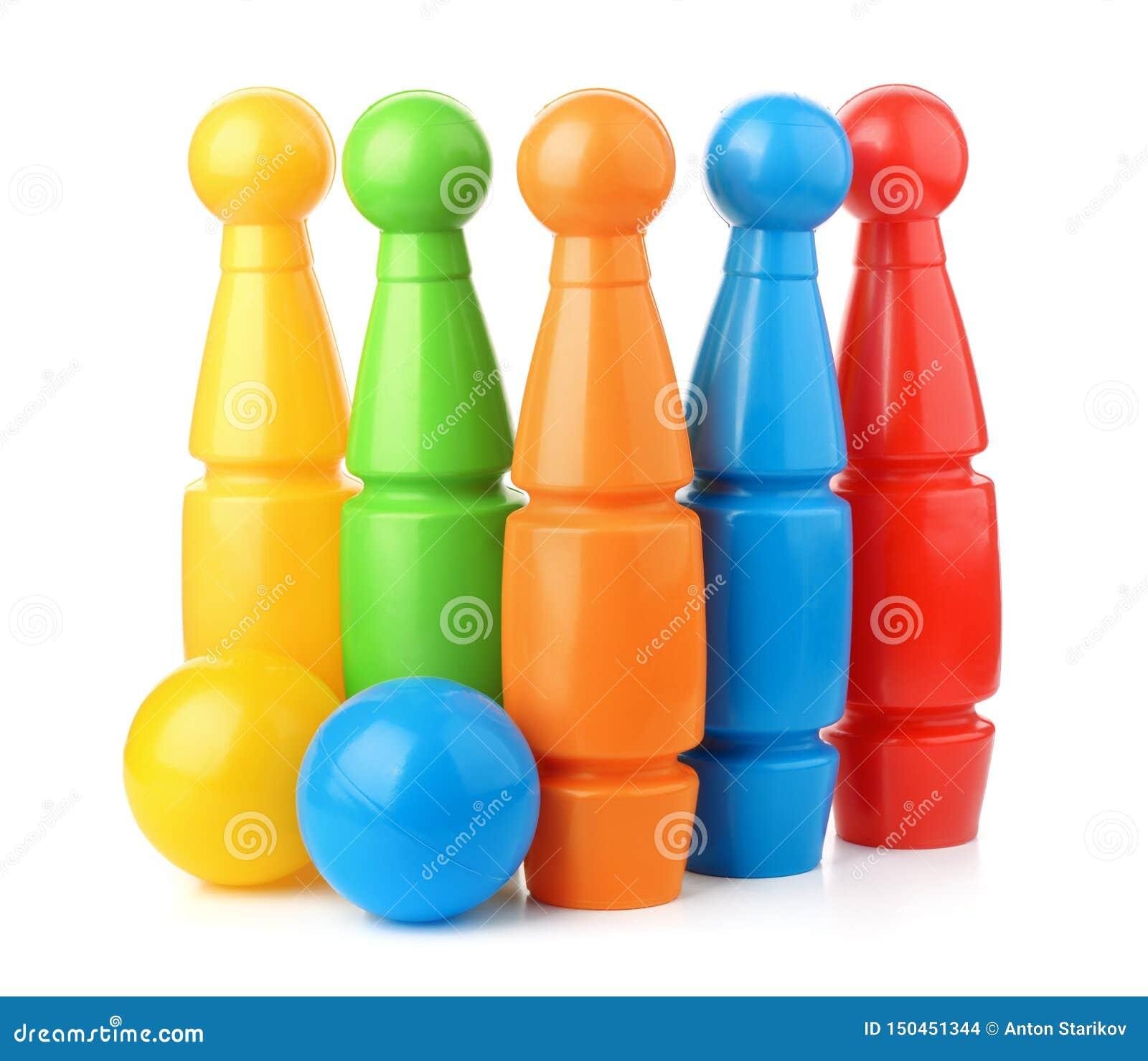 Πλαστικές καρφίτσες και σφαίρες μπόουλινγκ παιχνιδιών καθορισμένες