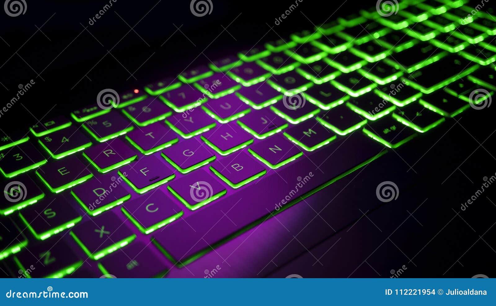 Συνδέστε το πληκτρολόγιο σε pro εργαλεία ομοφυλοφιλικές ιστοσελίδες γνωριμιών Οττάβα