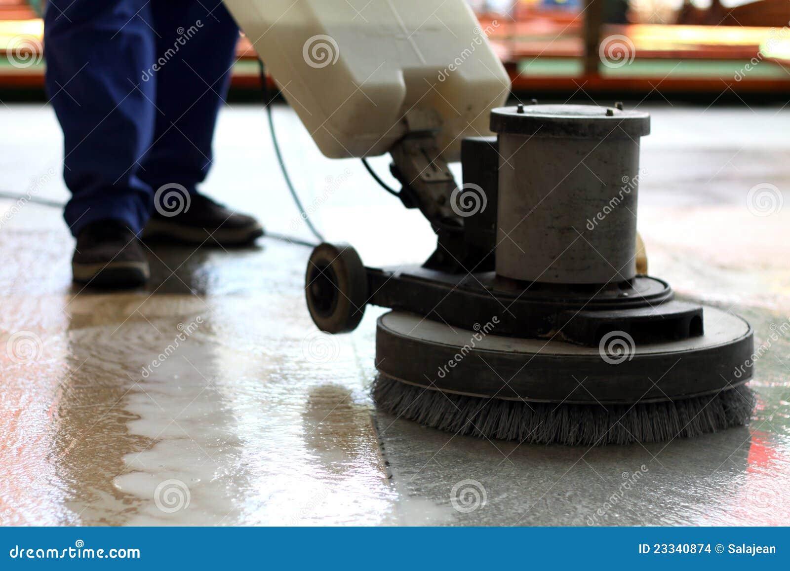 πλύση μηχανών πατωμάτων καθαρισμού