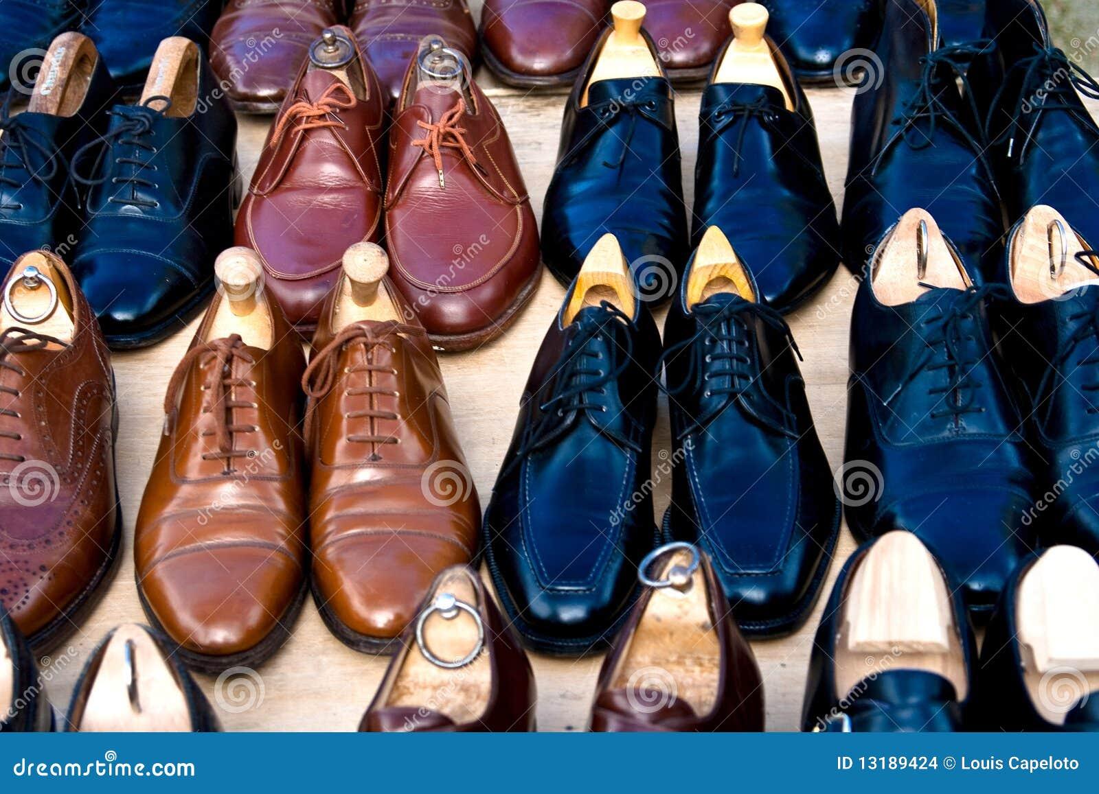 πολλά παπούτσια πώλησης