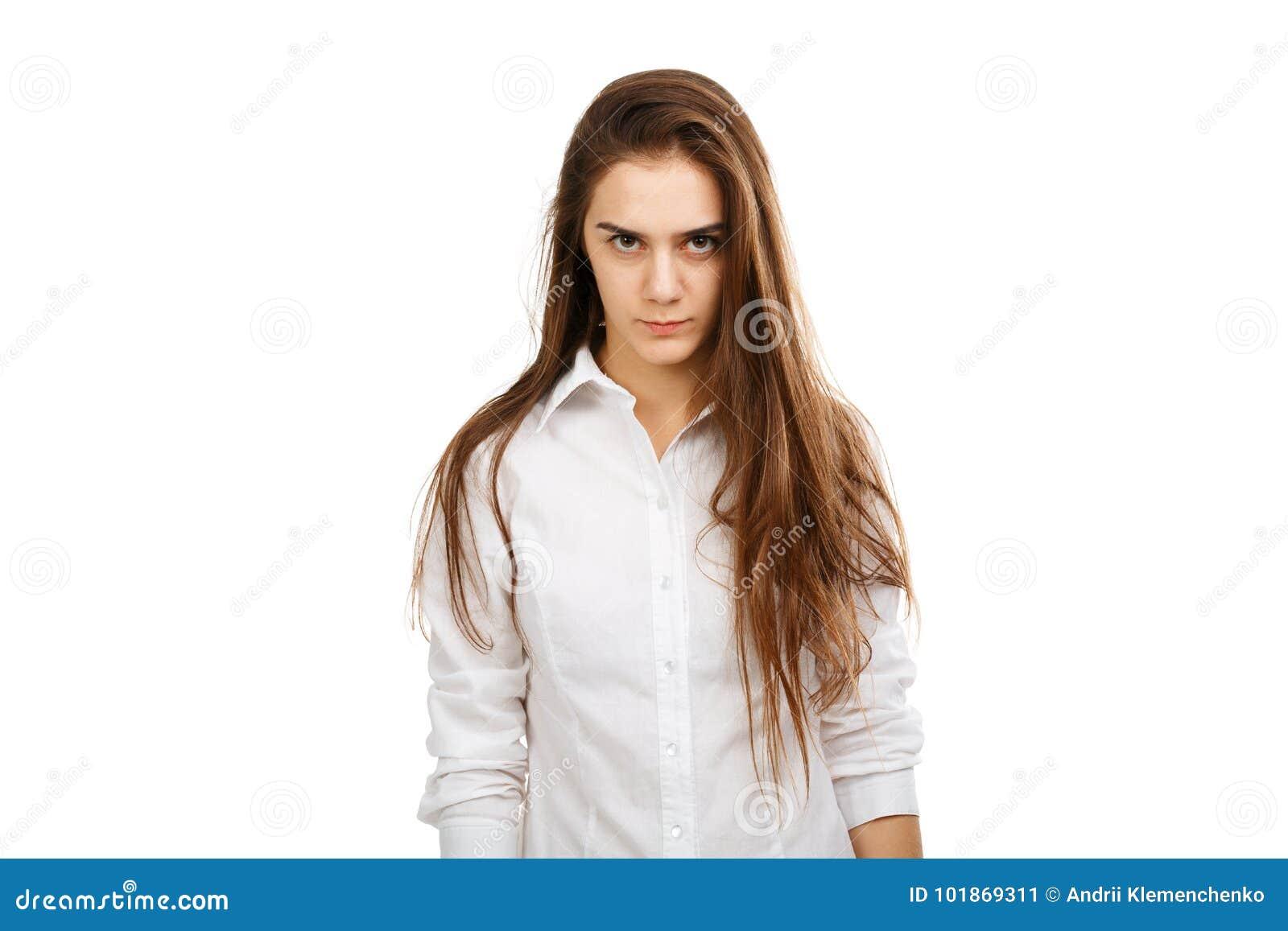 Πορτρέτο ενός νέου υ κοριτσιού σε ένα άσπρο υπόβαθρο