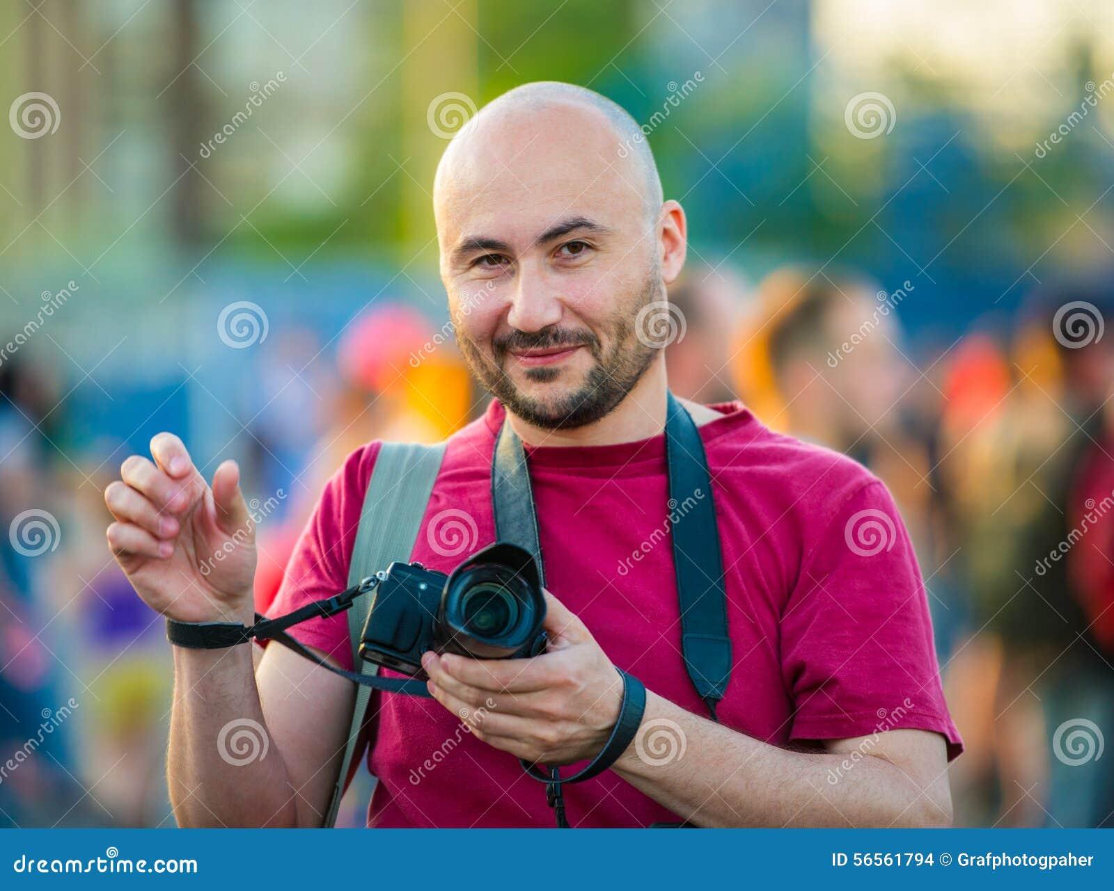 Download Πορτρέτο ενός φωτογράφου στοκ εικόνες. εικόνα από φωτογραφία - 56561794