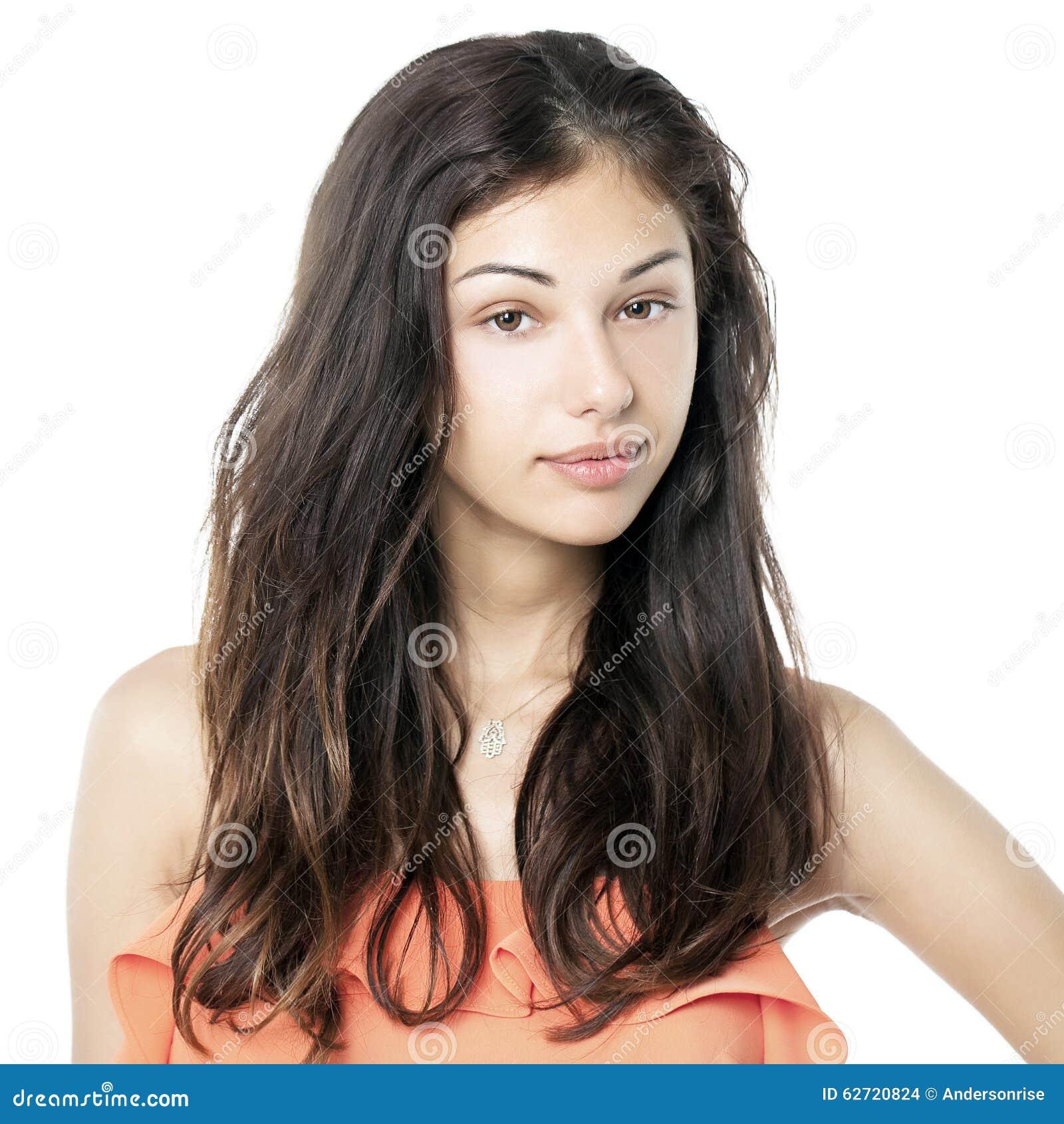 Download Πορτρέτο ενός Brunette χωρίς το Makeup Στοκ Εικόνες - εικόνα από θηλυκό, ηρεμία: 62720824
