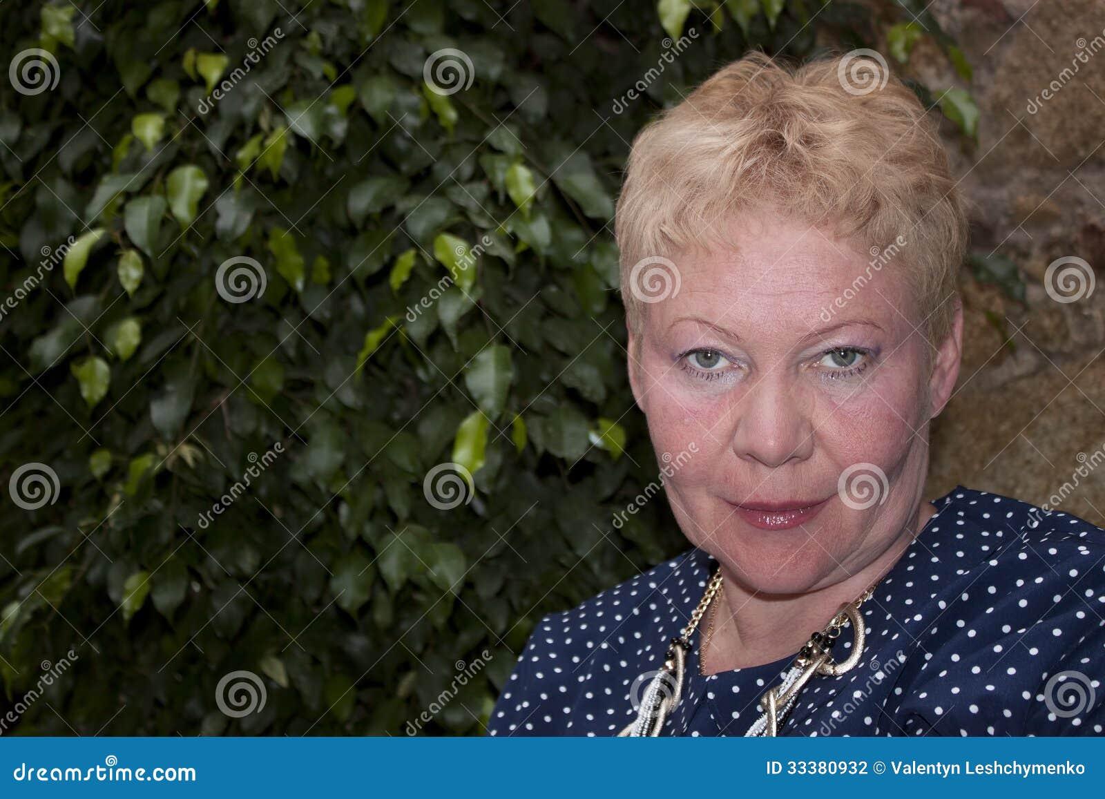 Πορτρέτο μιας ώριμης γυναίκας