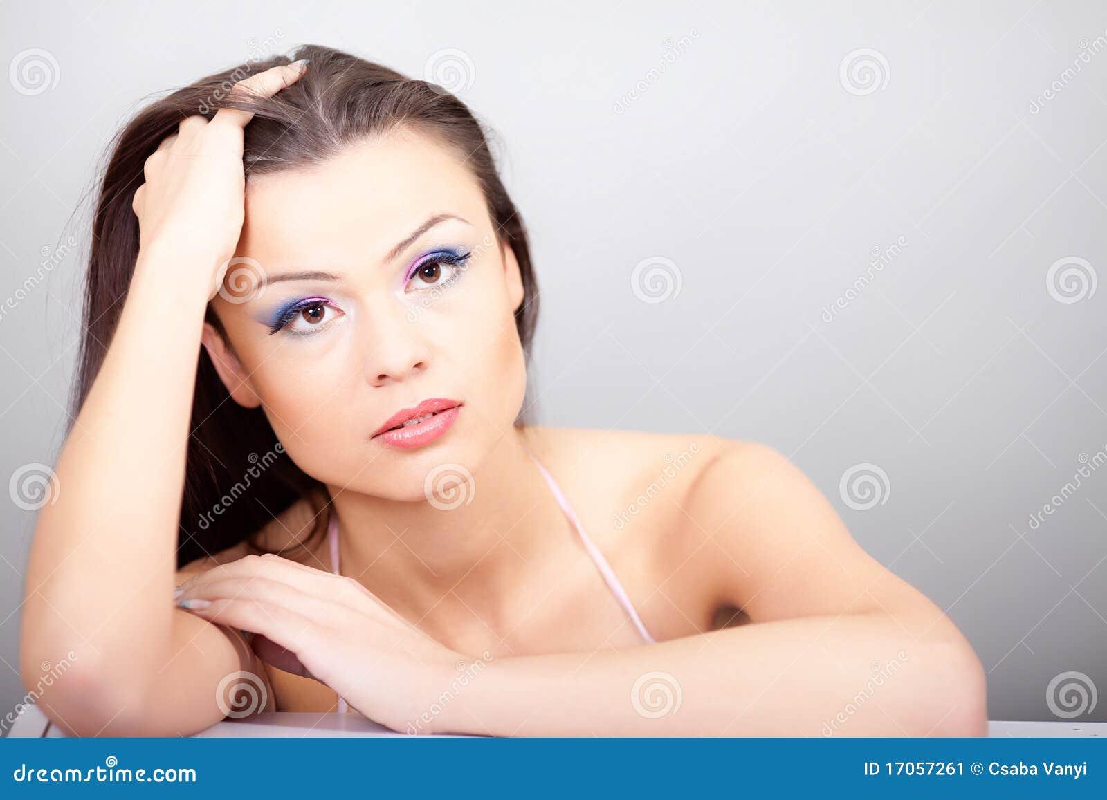 Πορτρέτο της όμορφης γυναίκας