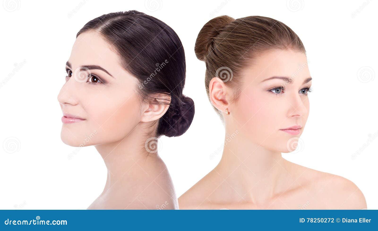 Πορτρέτο των νέων όμορφων γυναικών με το τέλειο δέρμα επάνω