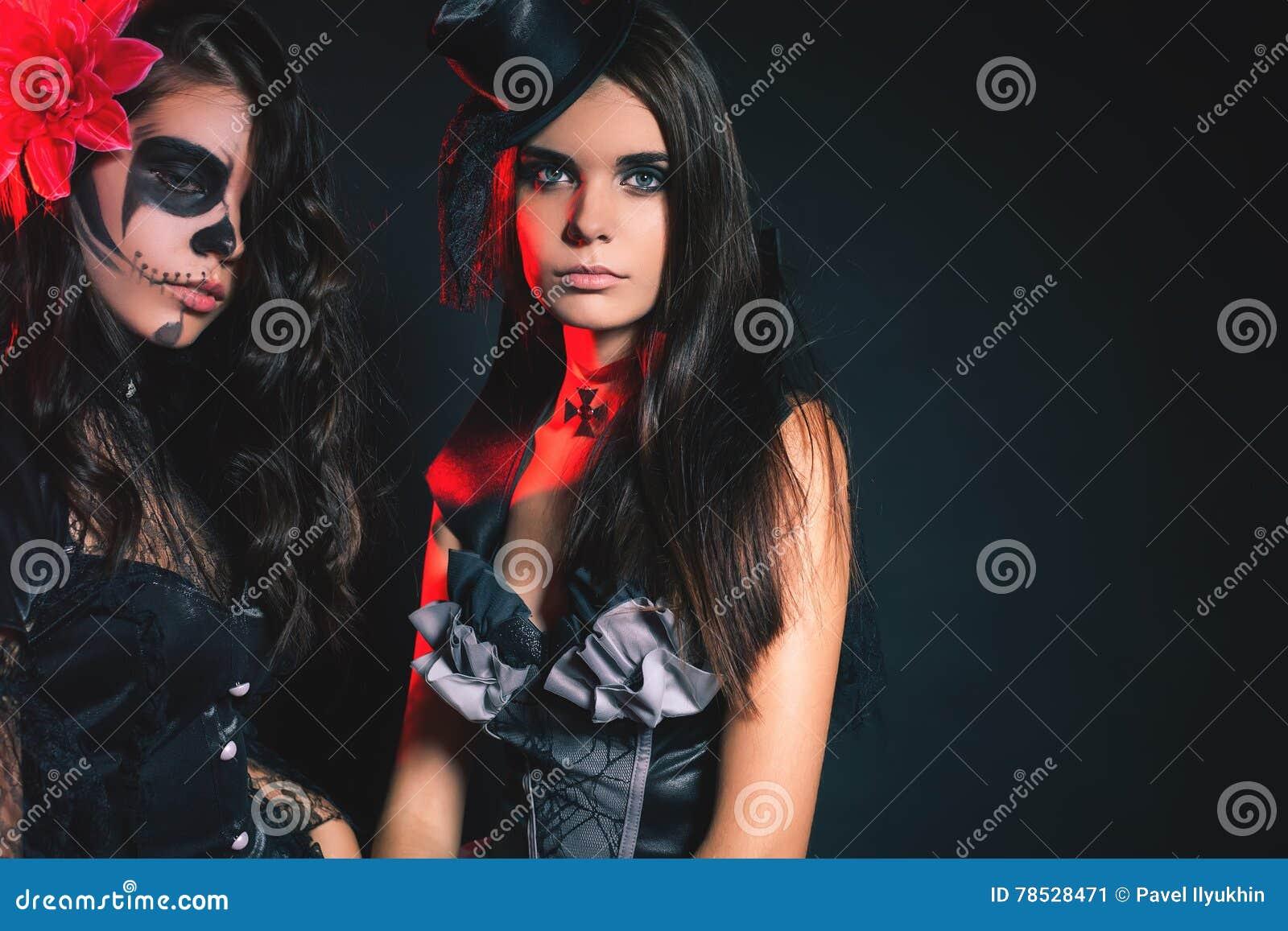 Καυτά teen babes φωτογραφίες
