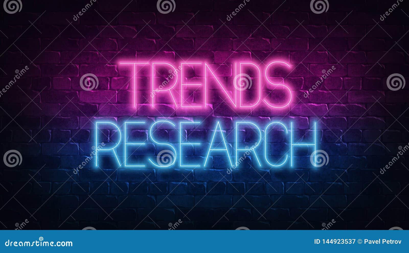 Ερευνητική έννοια ΤΑΣΕΩΝ Πορφυρή και μπλε ΠΙΝΑΚΙΔΑ νέου σε έναν σκοτεινό τουβλότοιχο r