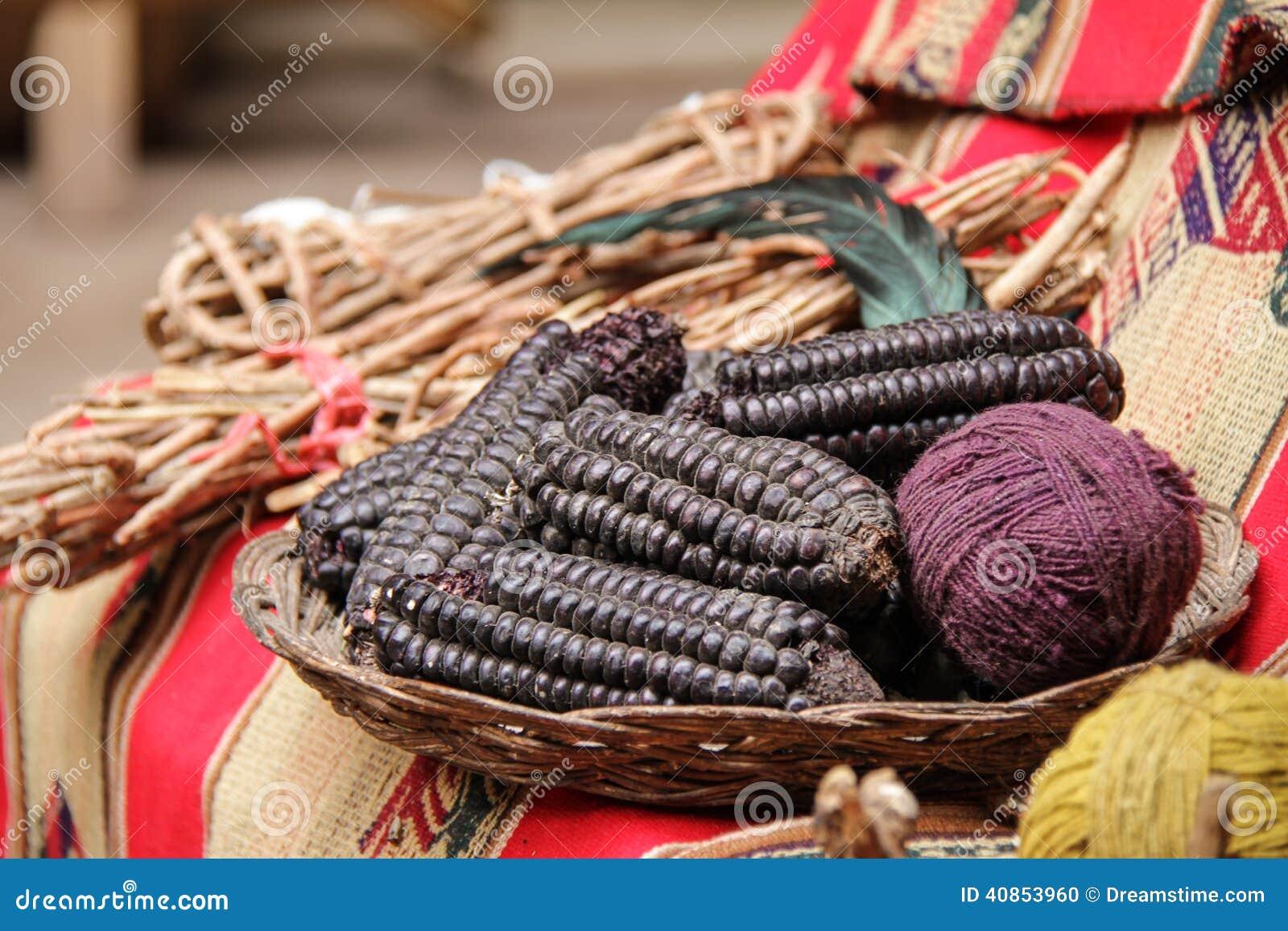 Πορφυρή χρήση αραβόσιτου ως φυσικές χρωστικές ουσίες