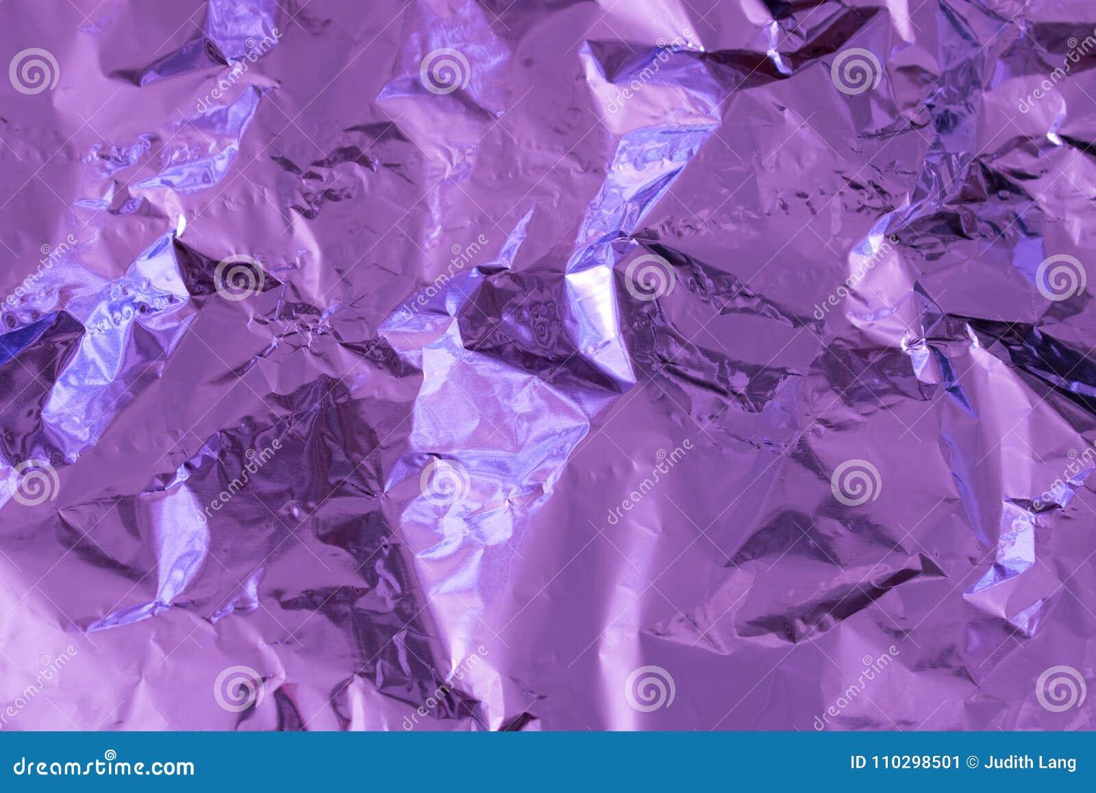 Πορφυρό υπόβαθρο σύστασης φύλλων αλουμινίου