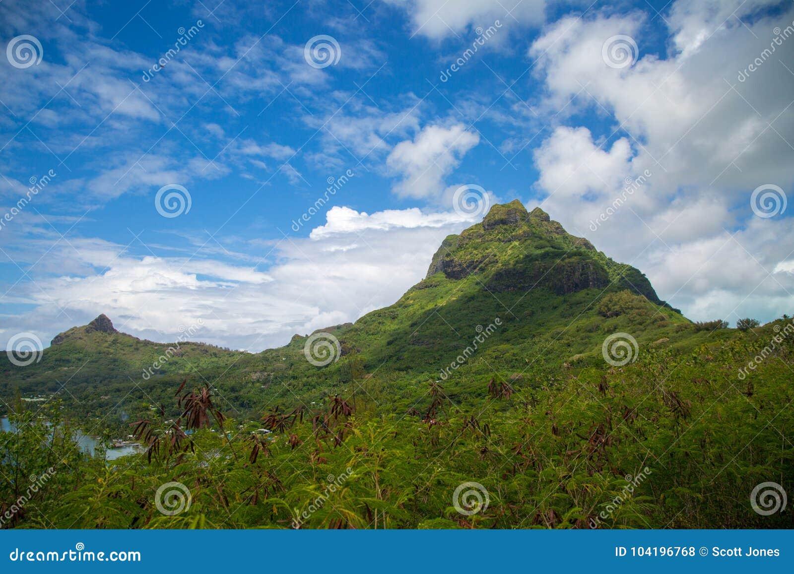 Πράσινα βουνά Bora Bora