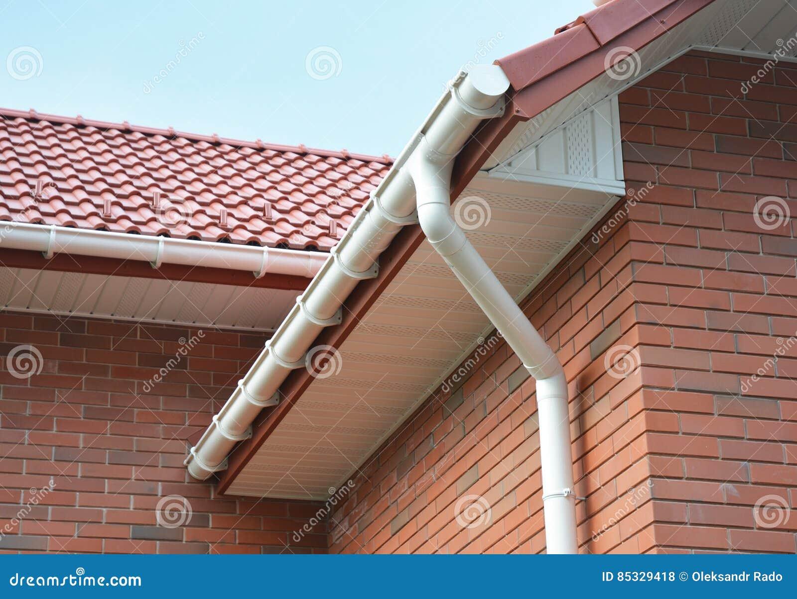 Προβληματικές περιοχές σπιτιών για τη στεγανοποίηση υδρορροών βροχής υπαίθρια Σπίτι Guttering, υδρορροές, πλαστικό σύστημα Gutter