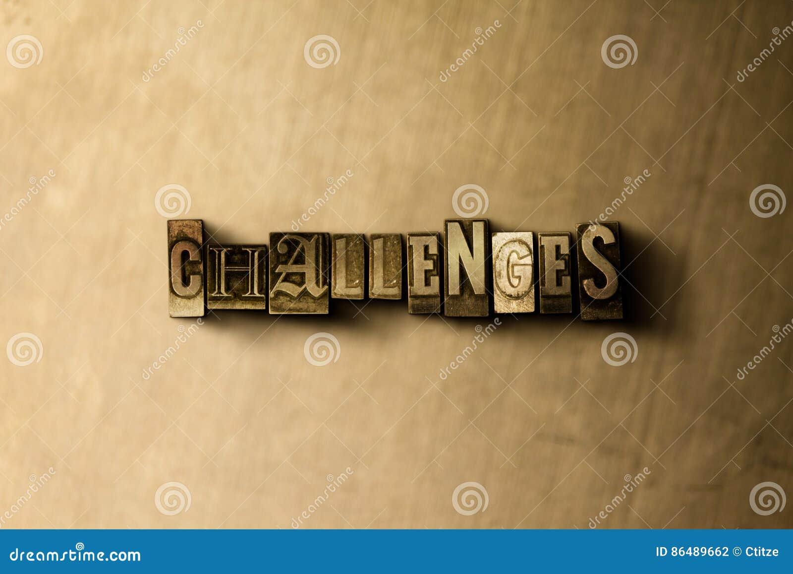 ΠΡΟΚΛΗΣΕΙΣ - κινηματογράφηση σε πρώτο πλάνο της βρώμικης στοιχειοθετημένης τρύγος λέξης στο σκηνικό μετάλλων