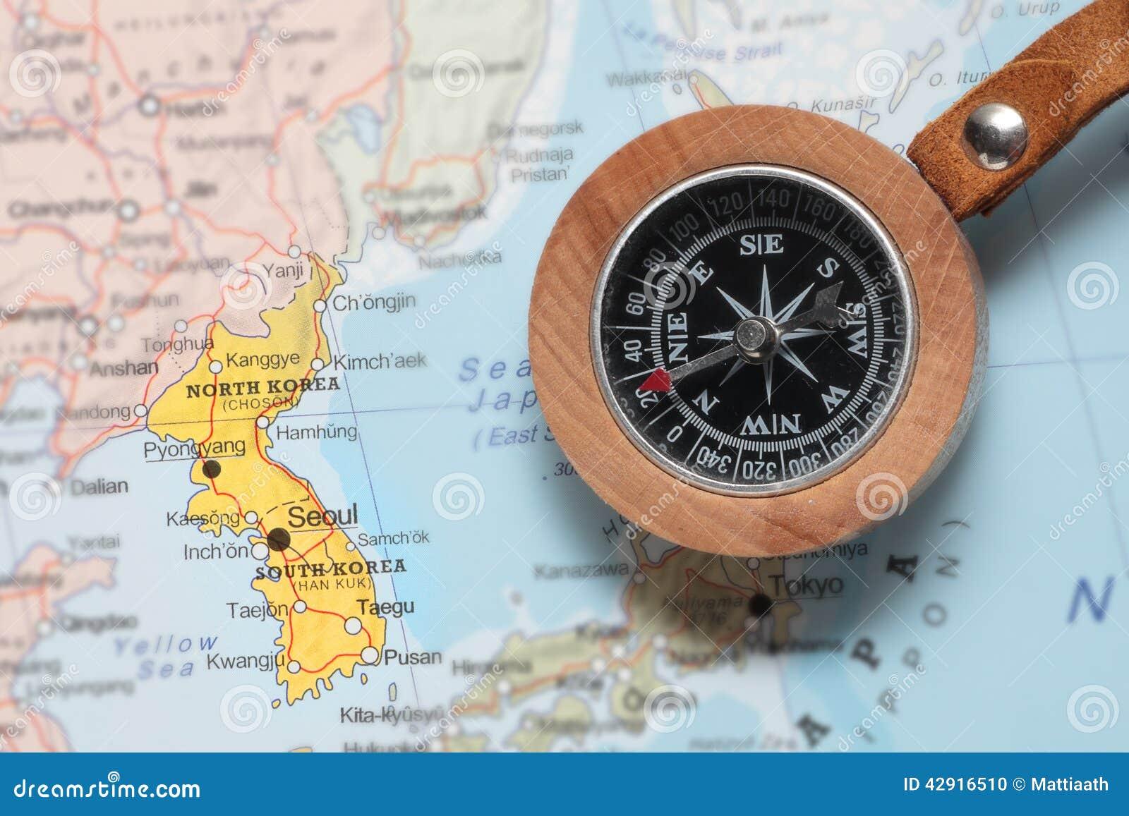 Προορισμός Βόρεια και Νότια Κορέα, χάρτης ταξιδιού με την πυξίδα