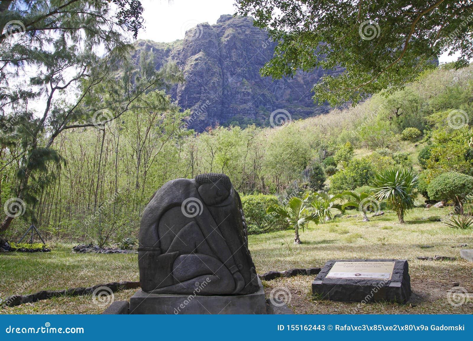 Προσευχή για να σπάσει το άγαλμα αλυσίδων Μαυρίκιος