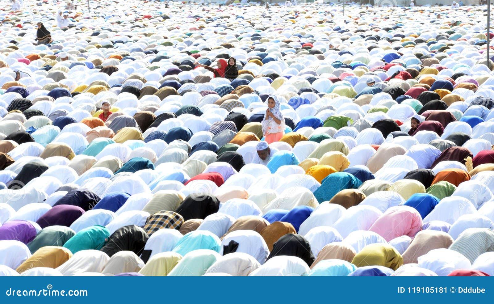 Προσευχή Eid σε Bhopal, Ινδία