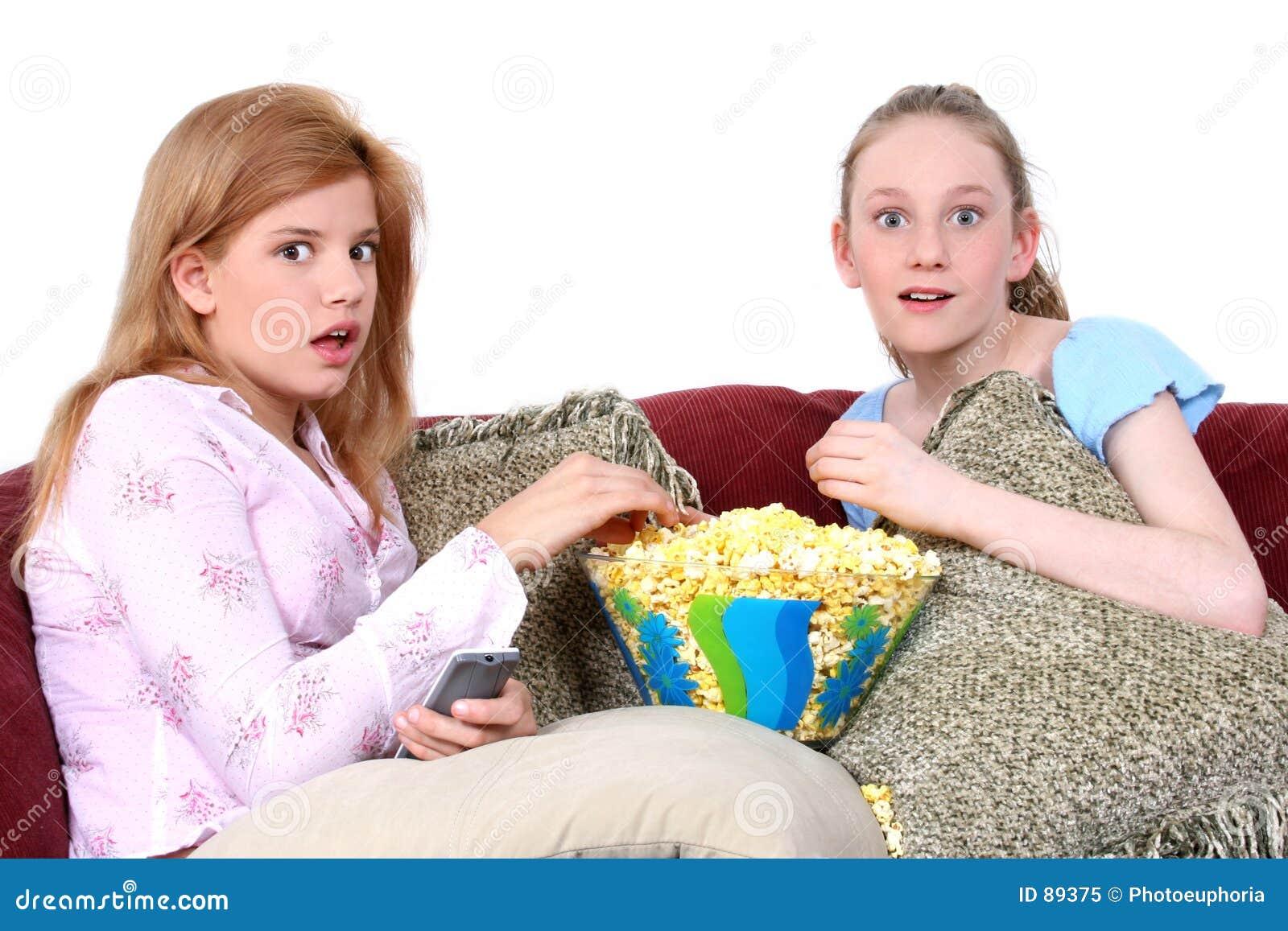 προσοχή TV παιδιών μαζί