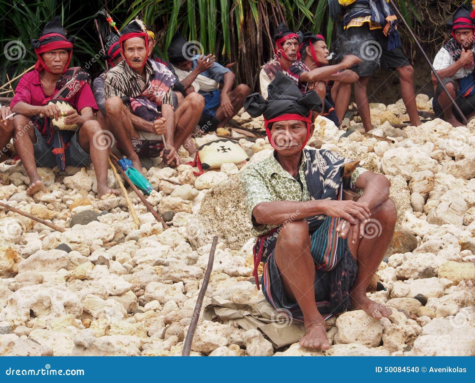 Προϊστάμενοι στο νησί Sumba