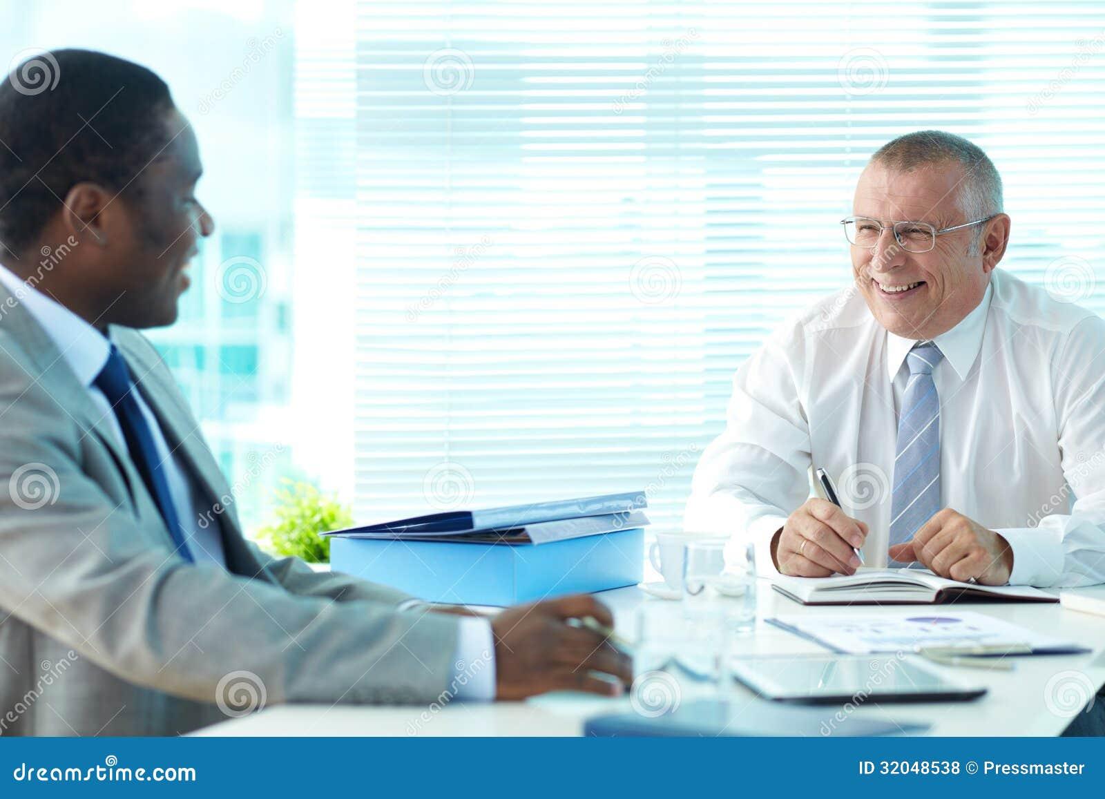 Προϊστάμενος και υπάλληλος