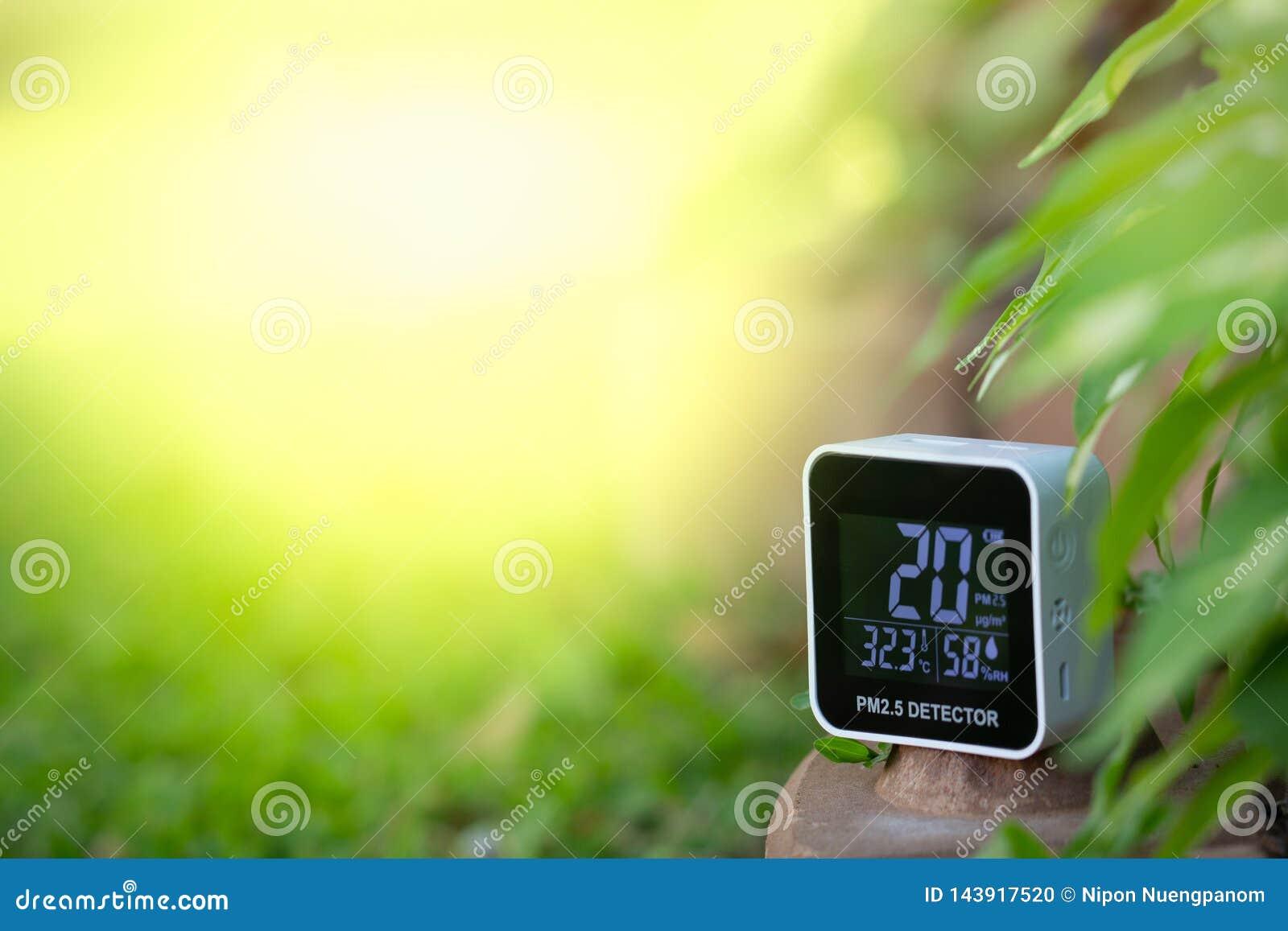 ΠΡΩΘΥΠΟΥΡΓΟΣ 2 συσκευή 5 ανιχνευτών που μετρά την ατμοσφαιρική ρύπανση