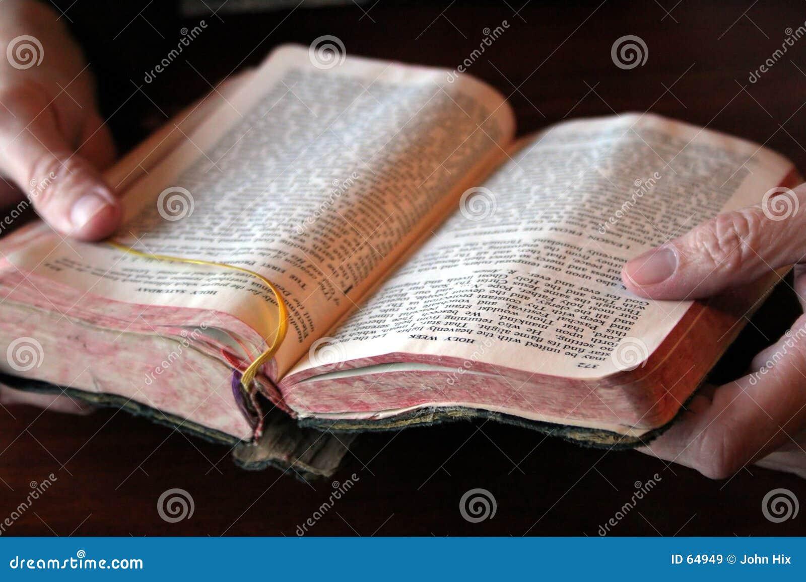 Download πρωινή προσευχή στοκ εικόνα. εικόνα από προσεηθείτε, θρησκευτικός - 64949