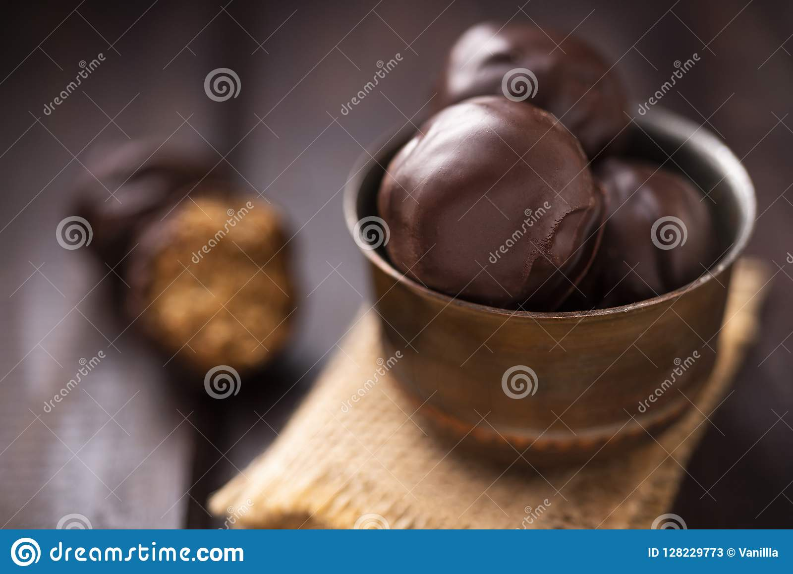 Πρωτεϊνικές καραμέλες με τη σοκολάτα