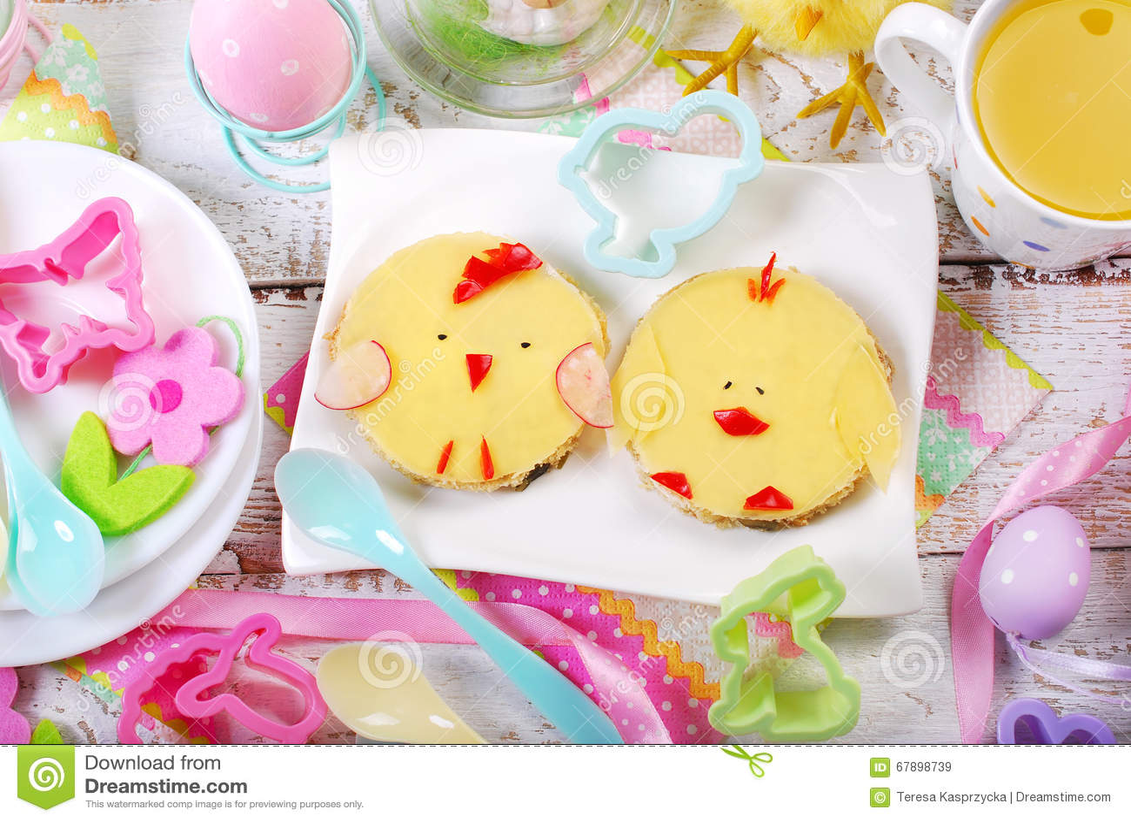 Πρόγευμα Πάσχας για τα παιδιά με τα αστεία σάντουιτς