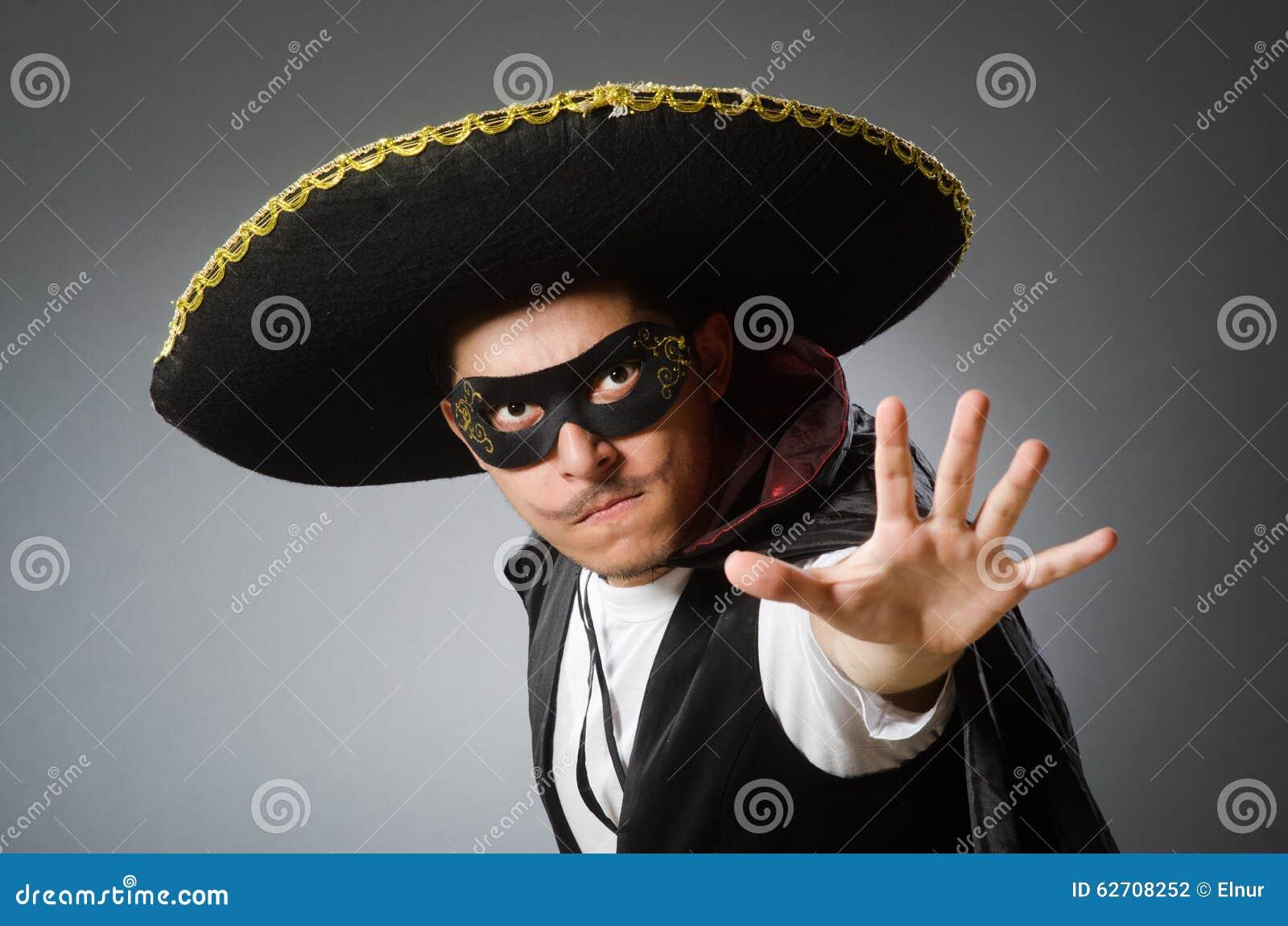 Πρόσωπο που φορά το καπέλο σομπρέρο στην αστεία έννοια
