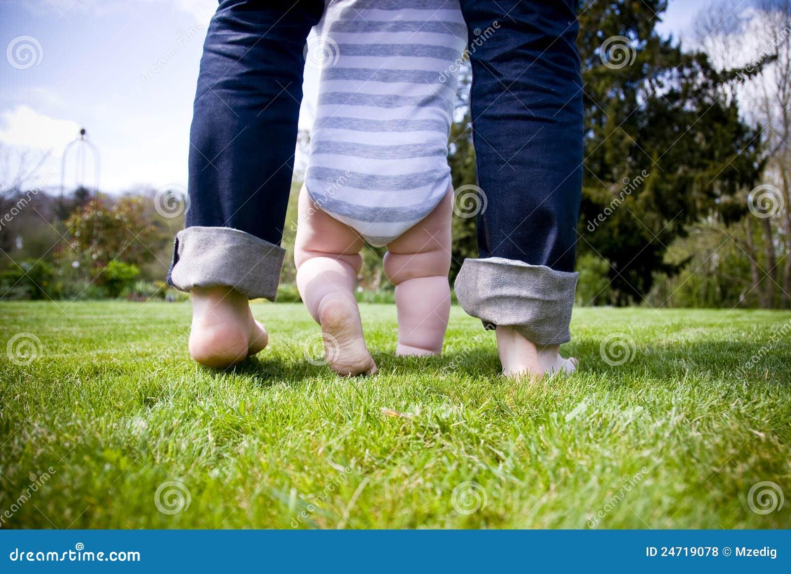 πρώτα βήματα μωρών