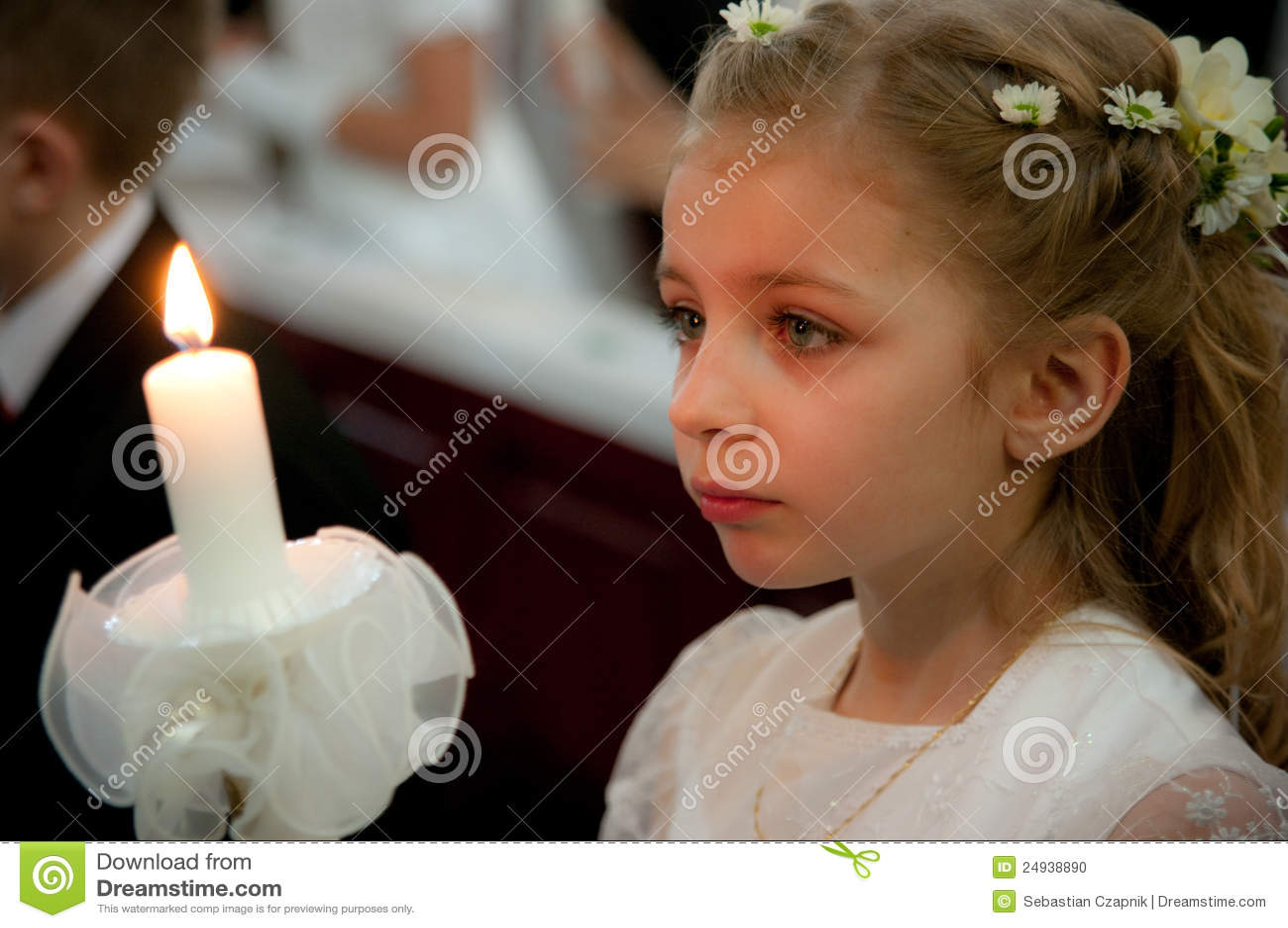 πρώτο κορίτσι κοινωνίας ιερό