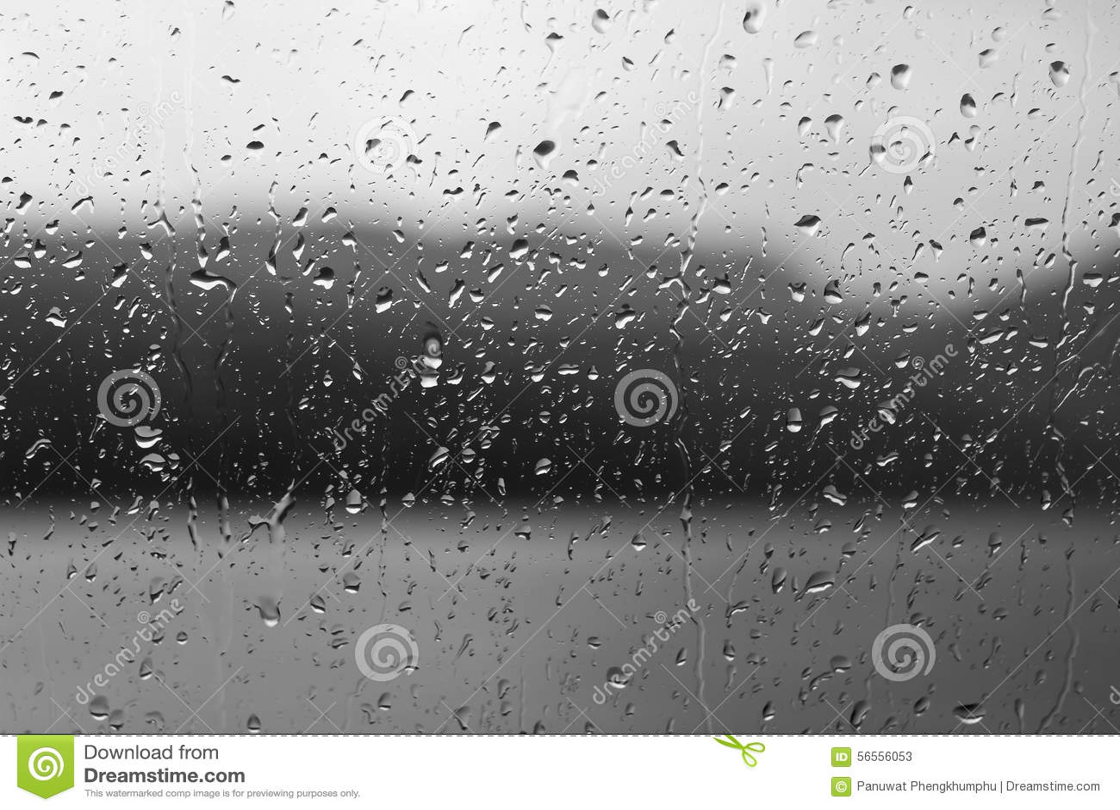 Download Πτώσεις βροχής στις πτώσεις παραθύρων ή νερού στο υπόβαθρο χλόης Στοκ Εικόνα - εικόνα από αποχής, backfill: 56556053