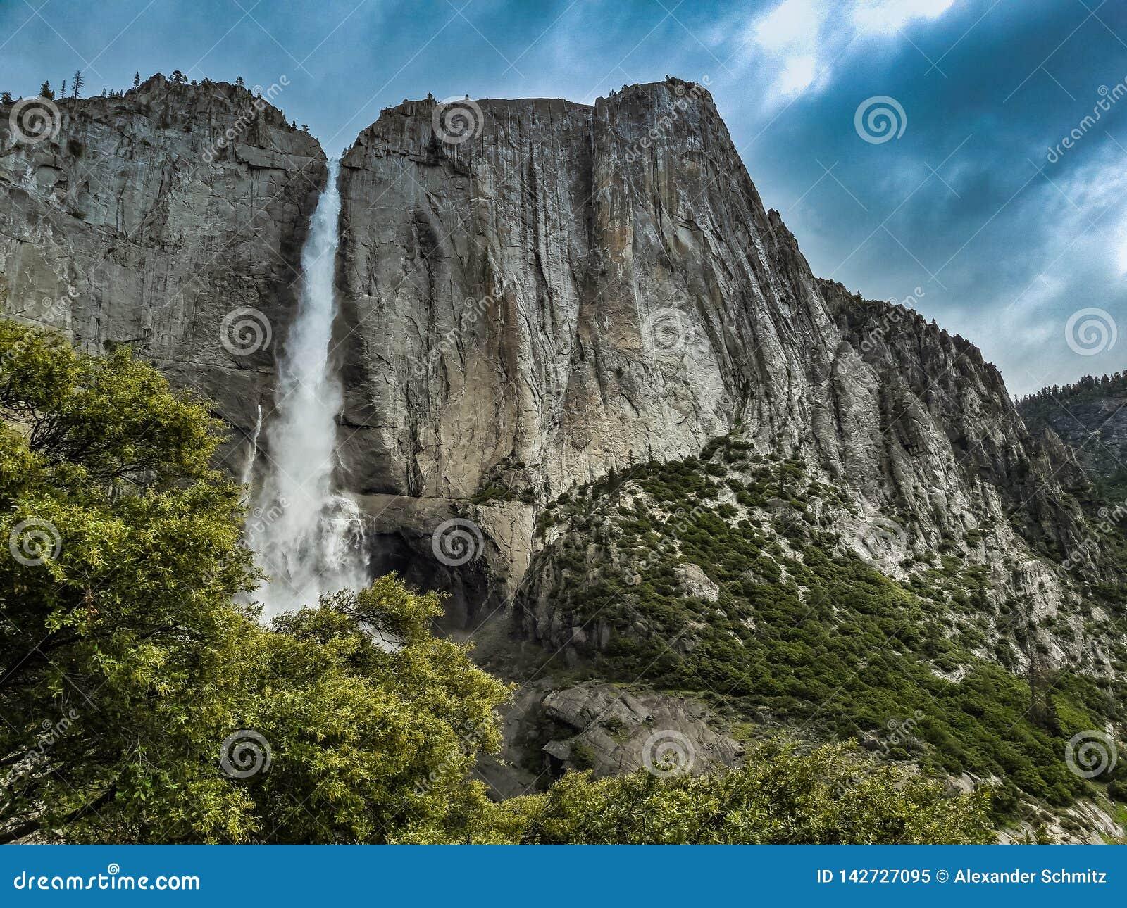Πτώσεις Yosemite, yoesmite εθνικό πάρκο, ΗΠΑ