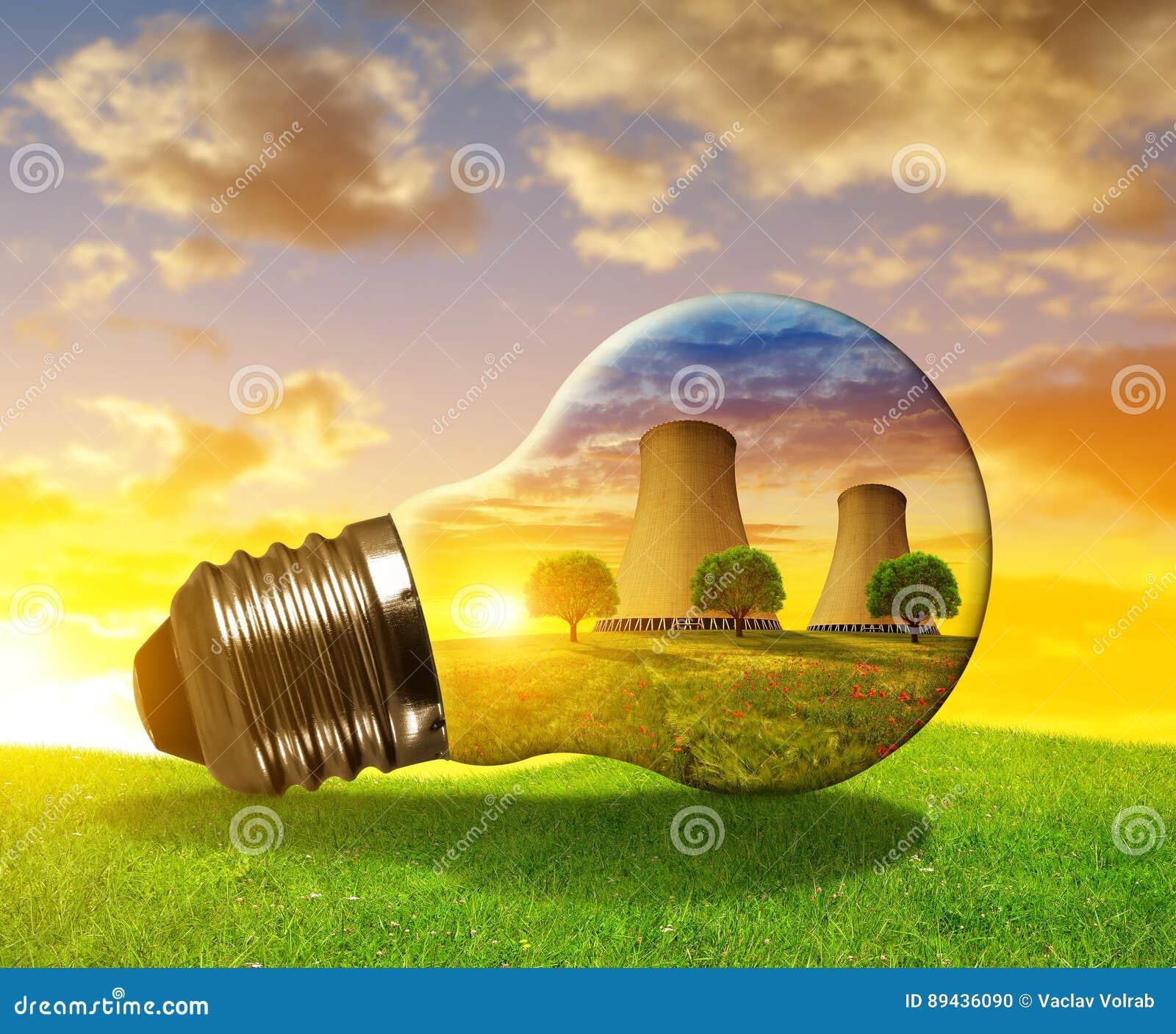 Πυρηνικός σταθμός στη λάμπα φωτός